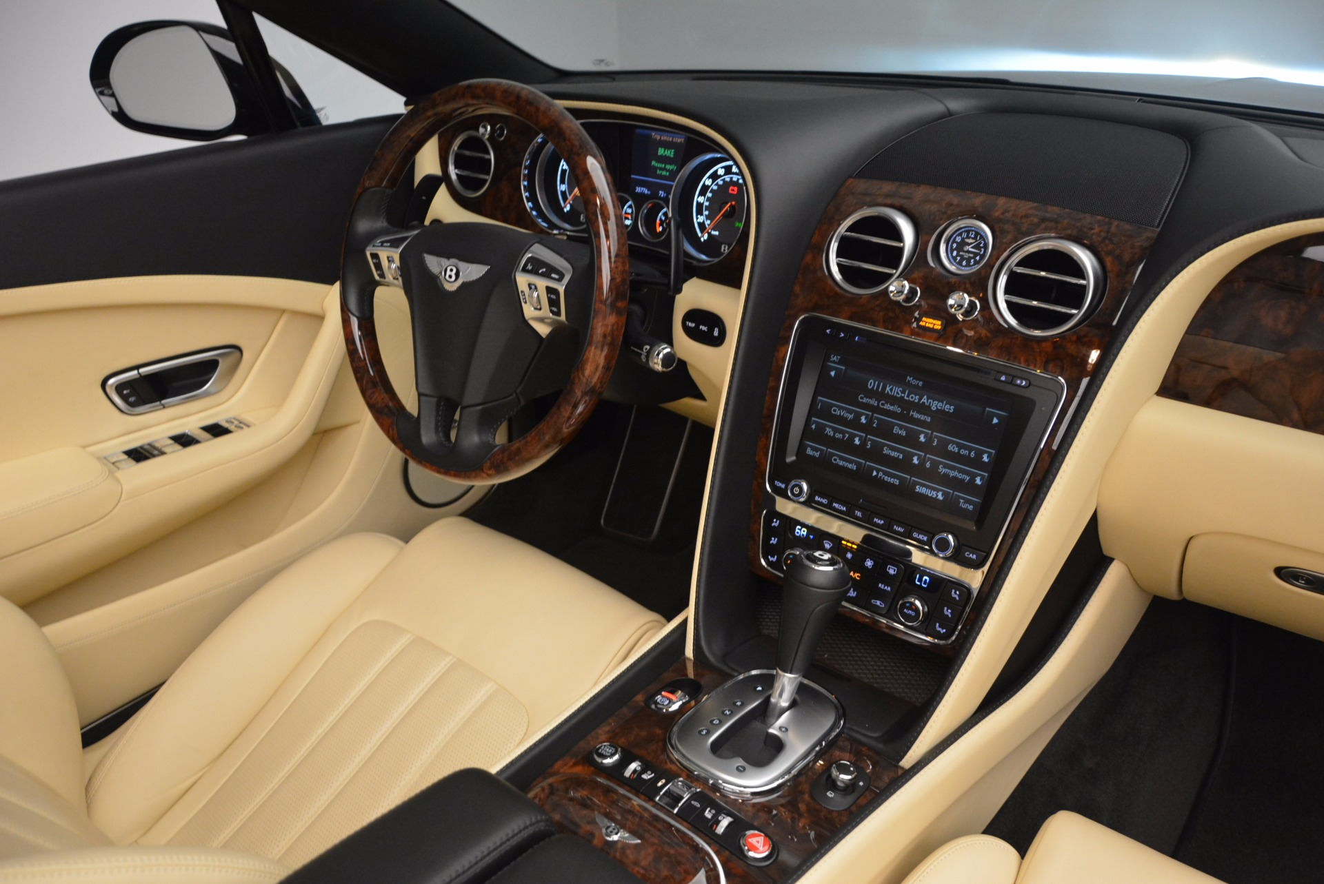 Used 2012 Bentley Continental GT W12 For Sale In Greenwich, CT. Alfa Romeo of Greenwich, 7286 1656_p41