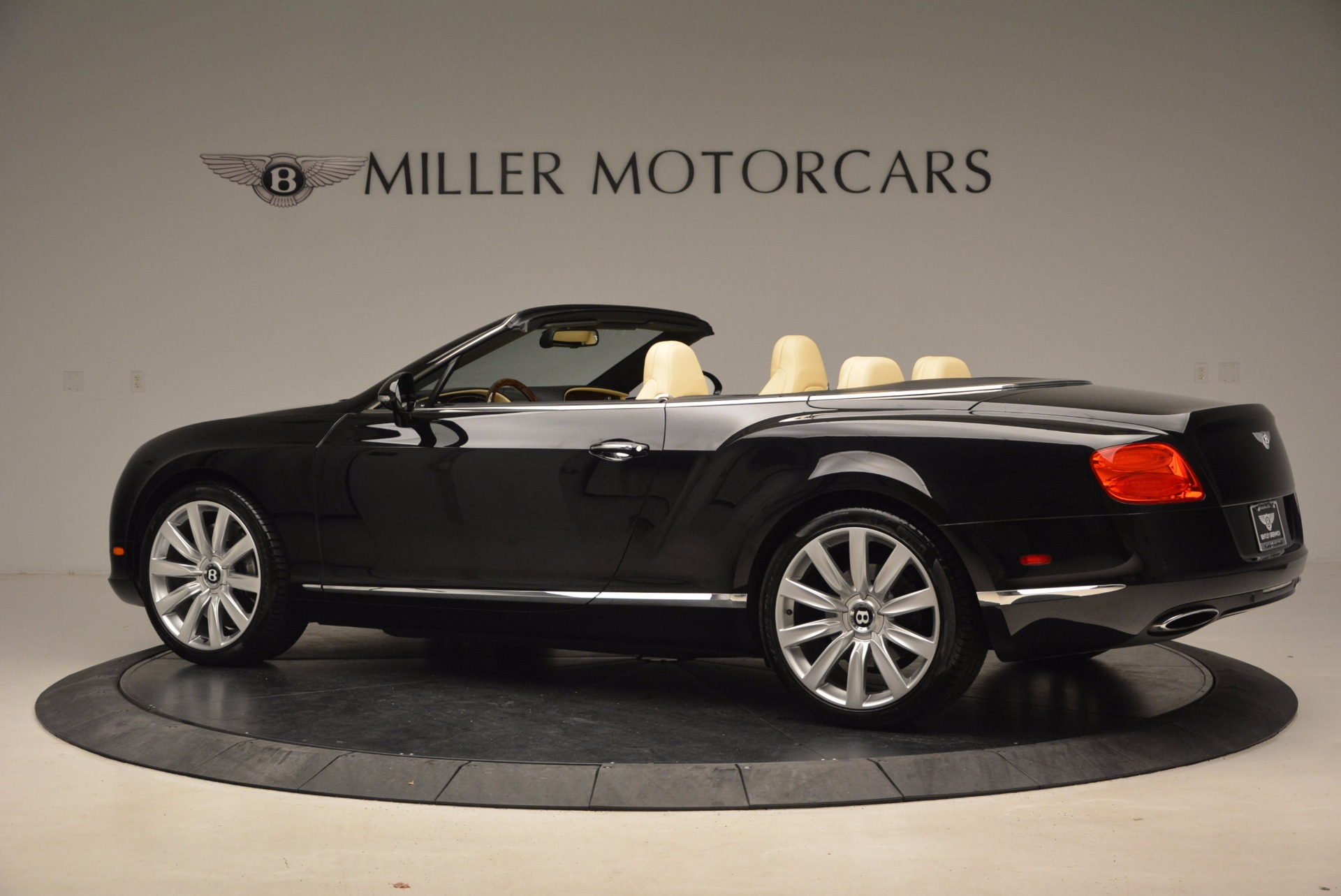 Used 2012 Bentley Continental GT W12 For Sale In Greenwich, CT. Alfa Romeo of Greenwich, 7286 1656_p4