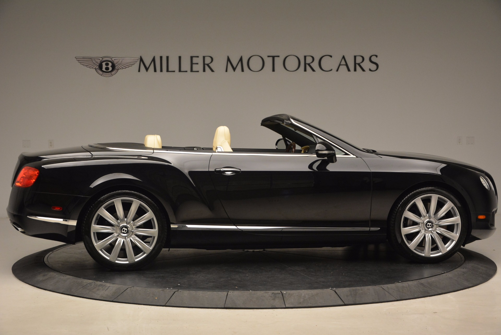 Used 2012 Bentley Continental GT W12 For Sale In Greenwich, CT. Alfa Romeo of Greenwich, 7286 1656_p9