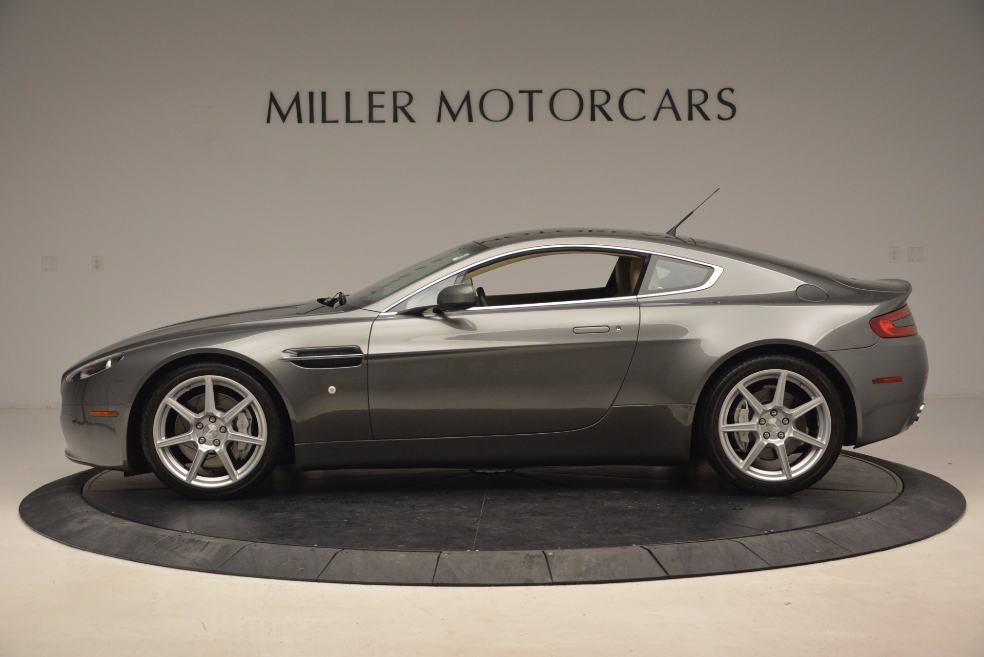 Used 2006 Aston Martin V8 Vantage  For Sale In Greenwich, CT. Alfa Romeo of Greenwich, A1265A 1658_p3