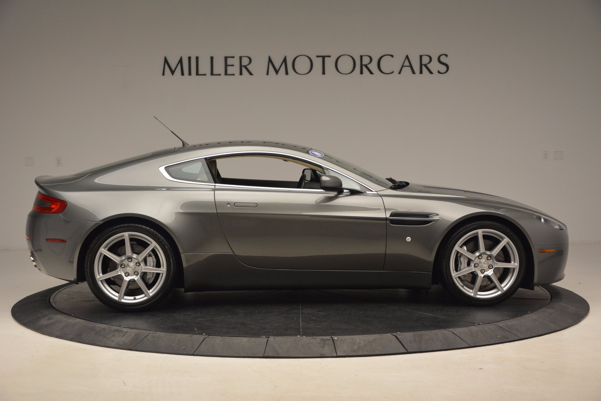 Used 2006 Aston Martin V8 Vantage  For Sale In Greenwich, CT. Alfa Romeo of Greenwich, A1265A 1658_p9