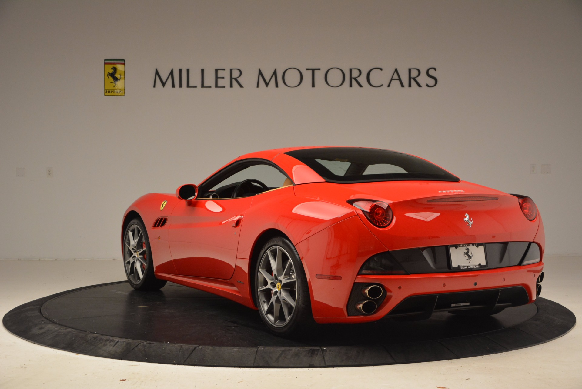 Used 2010 Ferrari California  For Sale In Greenwich, CT. Alfa Romeo of Greenwich, 4421A 1665_p17