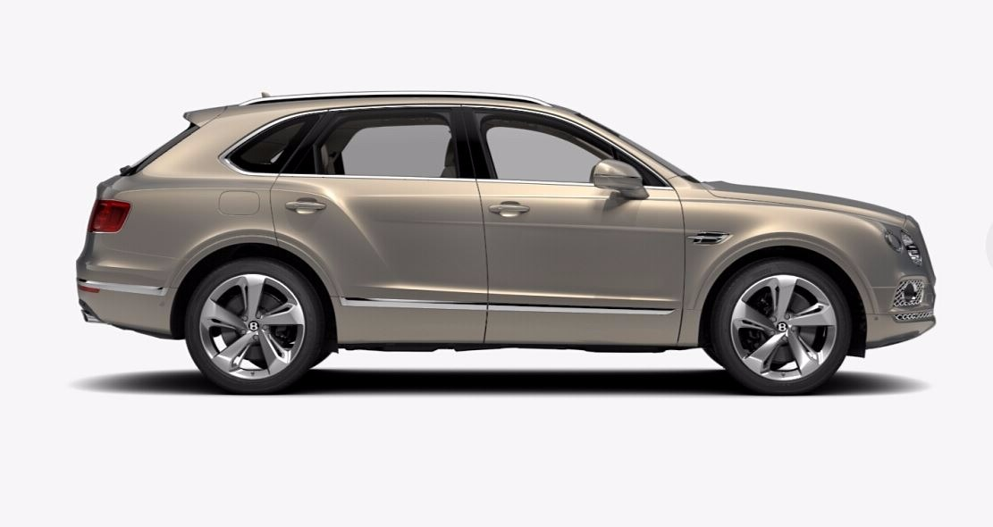 New 2018 Bentley Bentayga Signature For Sale In Greenwich, CT. Alfa Romeo of Greenwich, 17479 1666_p2