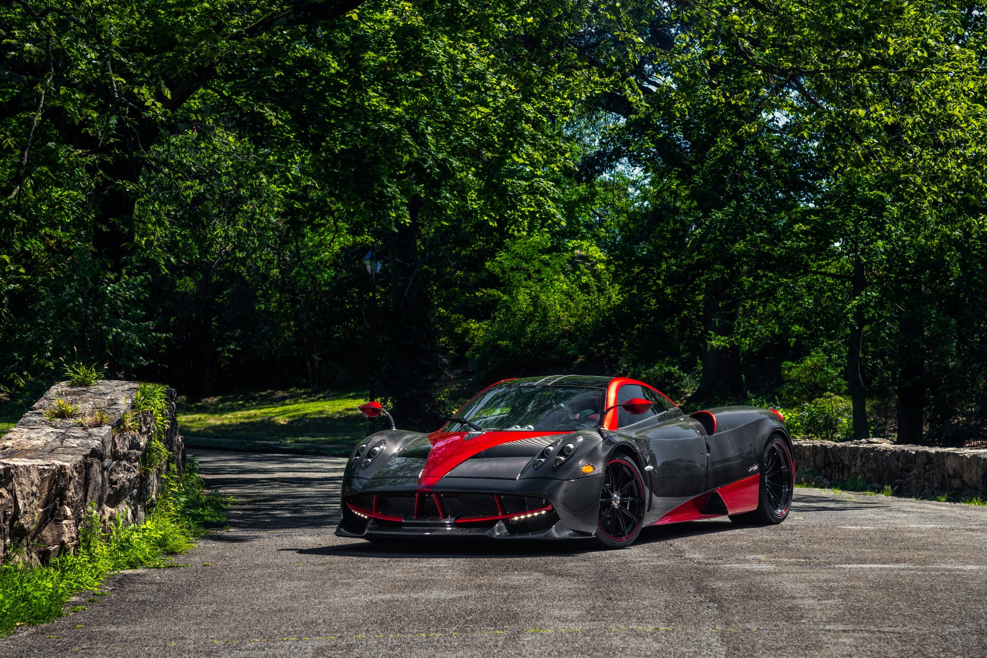 Used 2014 Pagani Huayra Tempesta For Sale $0 In Greenwich, CT 1668_p2