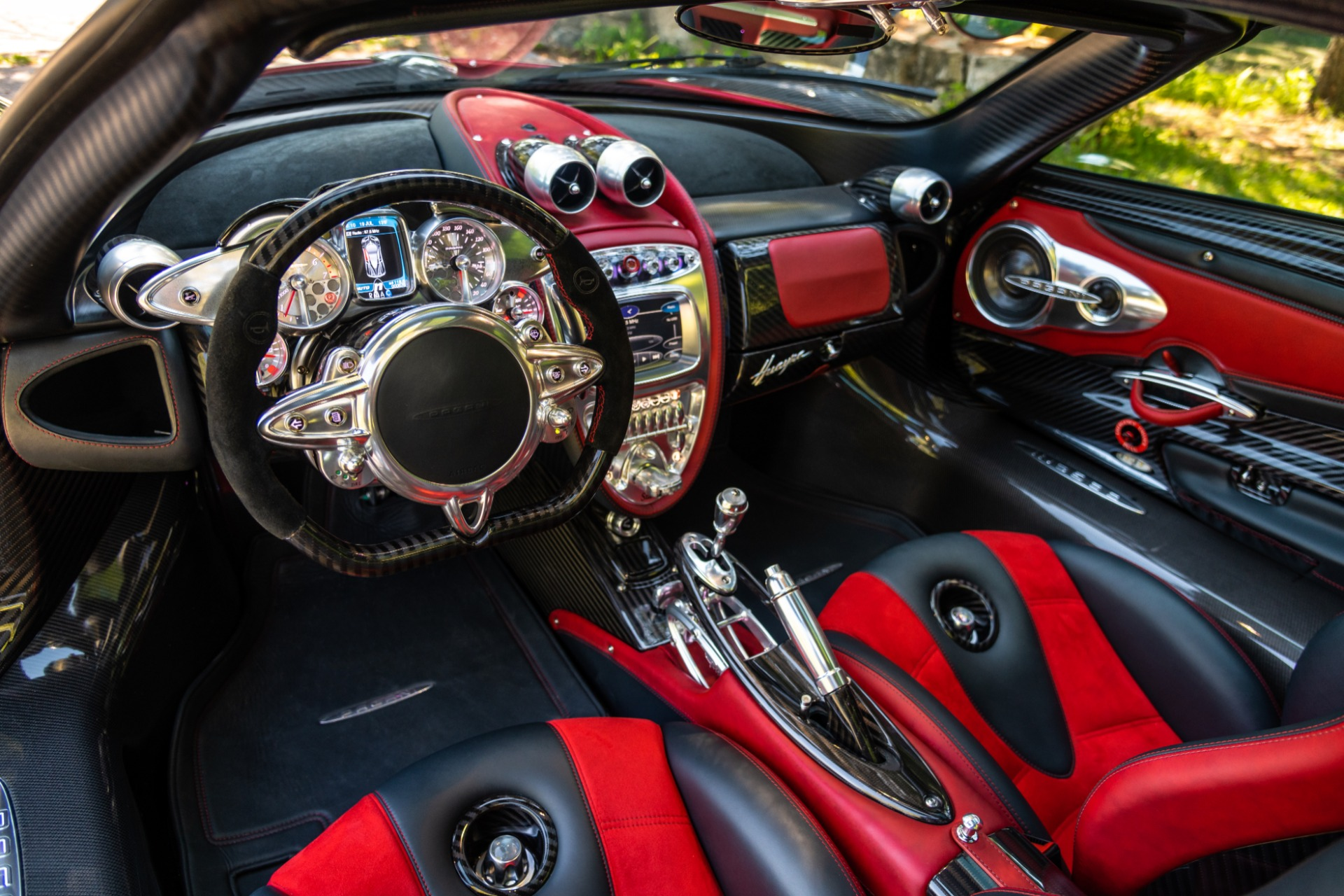 Used 2014 Pagani Huayra Tempesta For Sale $0 In Greenwich, CT 1668_p5