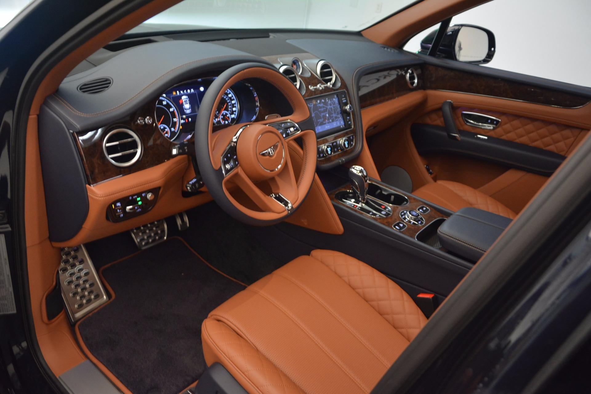New 2018 Bentley Bentayga Signature For Sale In Greenwich, CT. Alfa Romeo of Greenwich, B1305 1675_p22