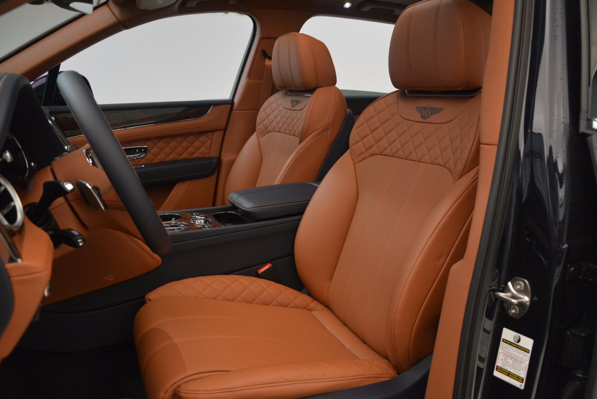 New 2018 Bentley Bentayga Signature For Sale In Greenwich, CT. Alfa Romeo of Greenwich, B1305 1675_p24