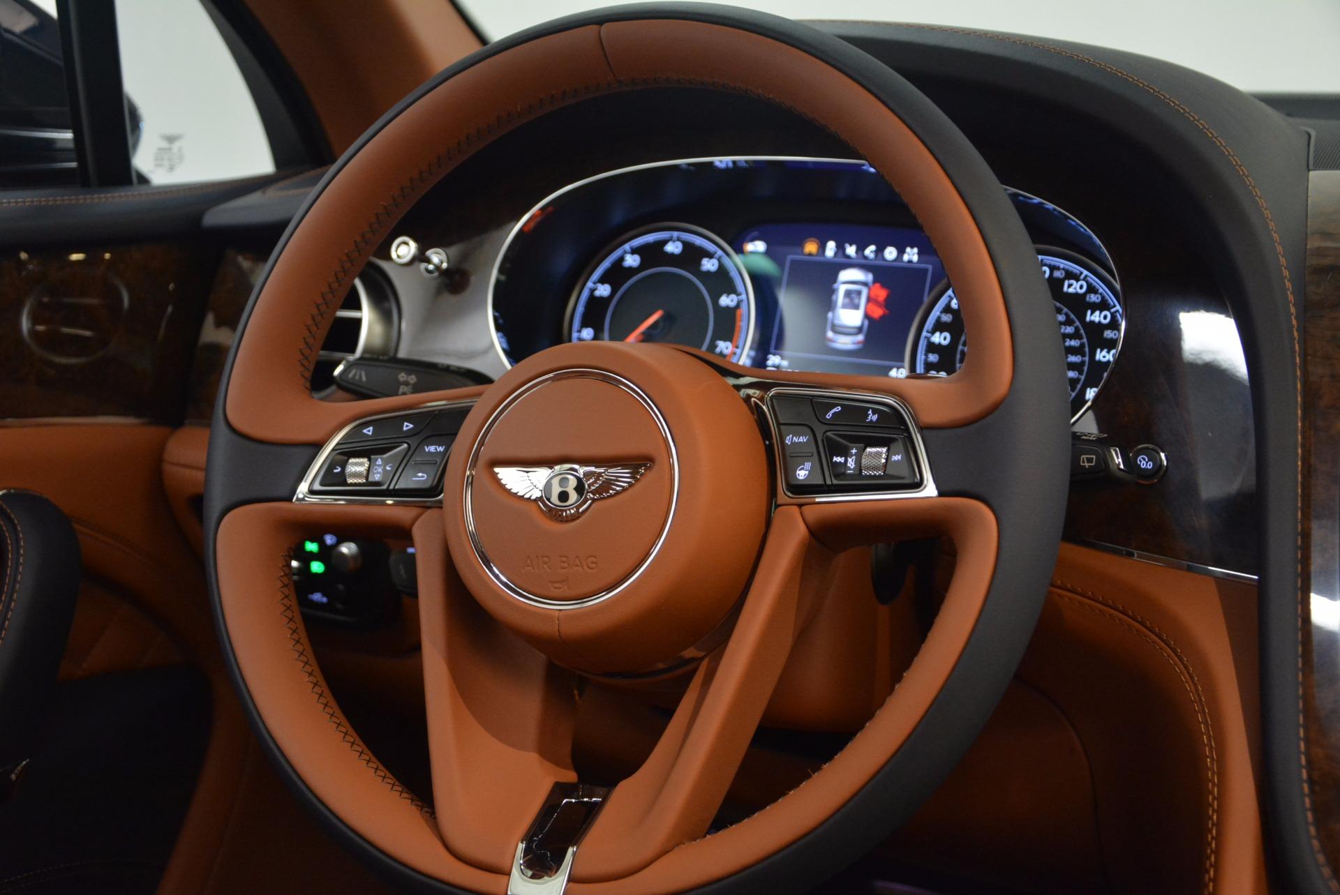 New 2018 Bentley Bentayga Signature For Sale In Greenwich, CT. Alfa Romeo of Greenwich, B1305 1675_p32