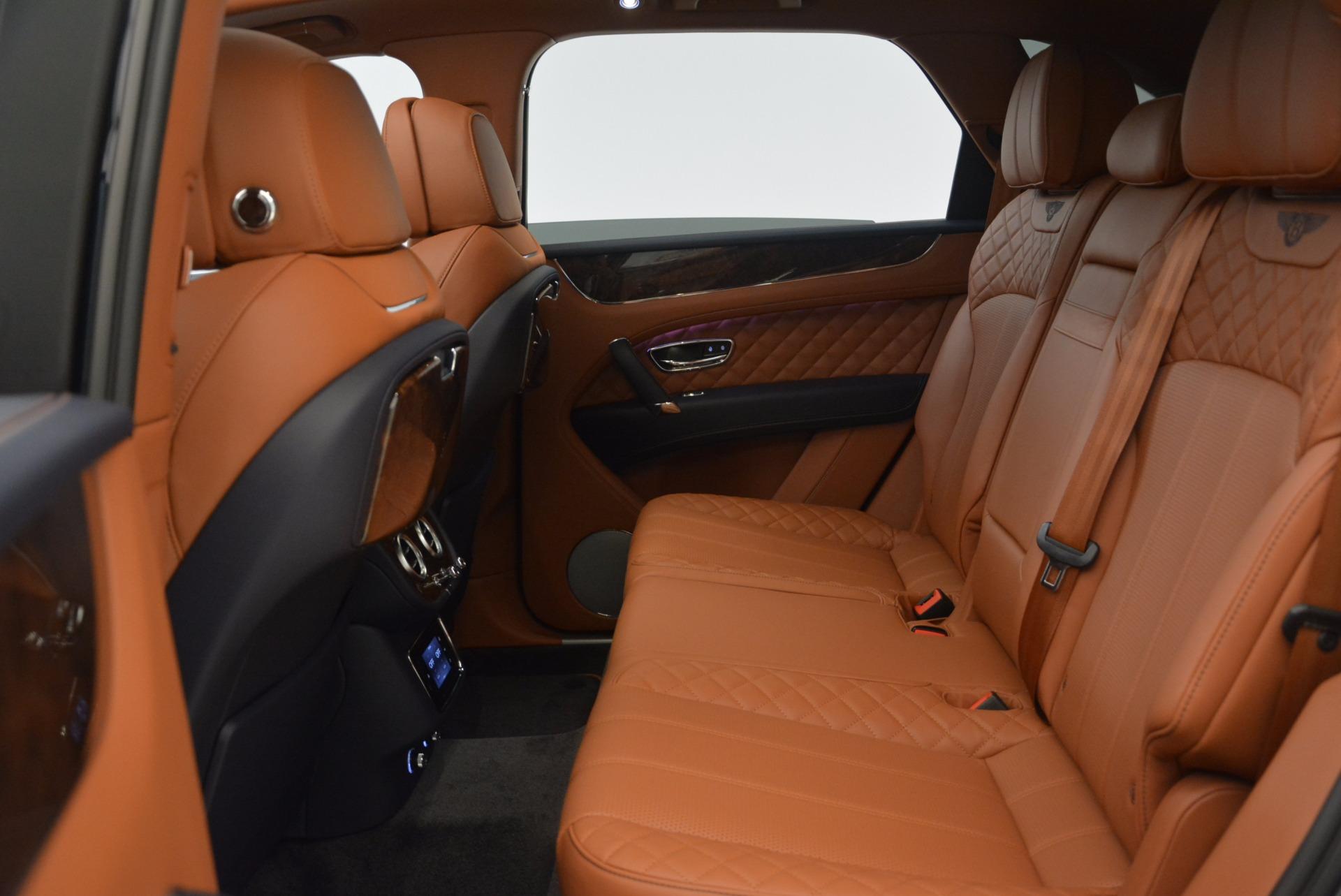 New 2018 Bentley Bentayga Signature For Sale In Greenwich, CT. Alfa Romeo of Greenwich, B1305 1675_p34