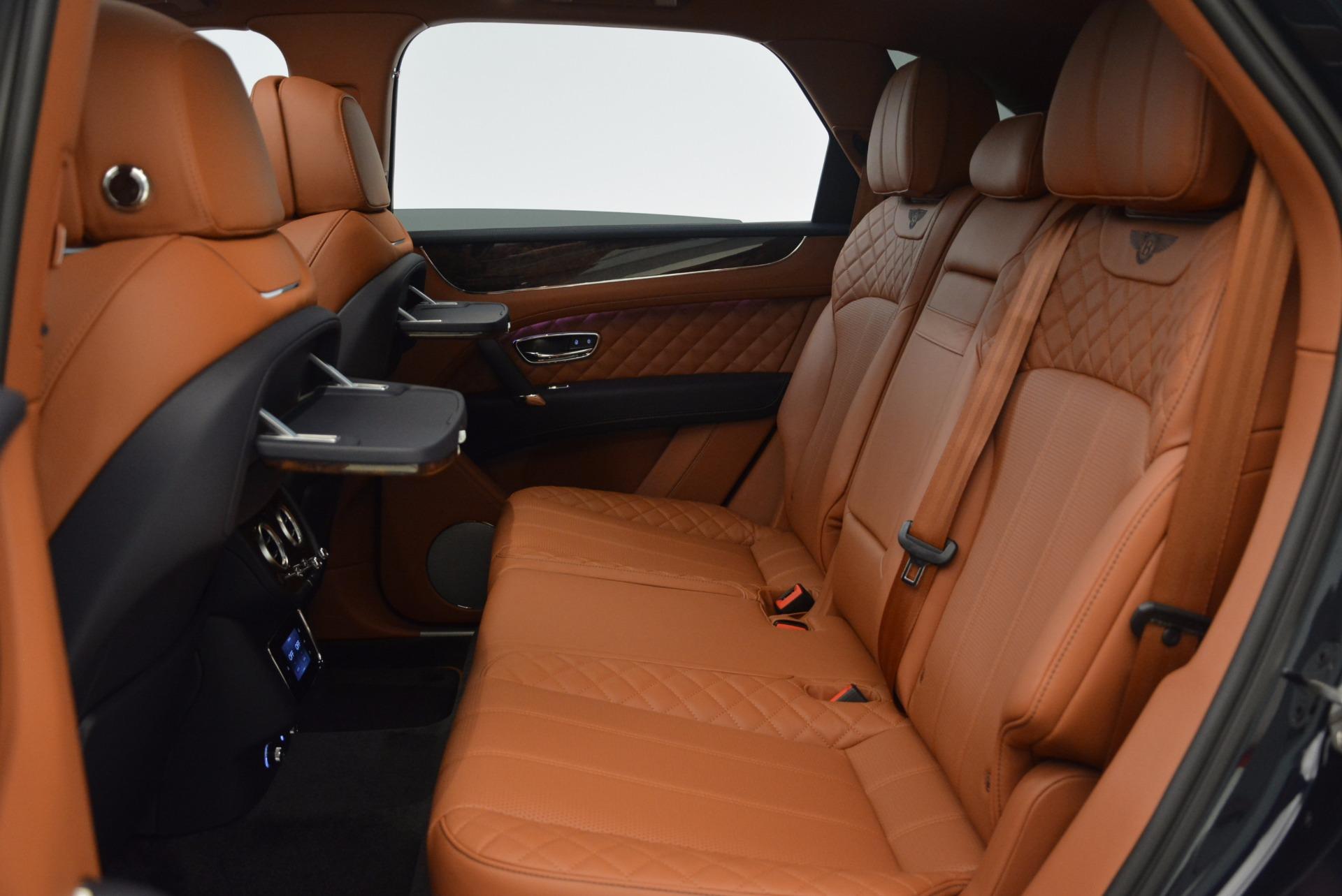New 2018 Bentley Bentayga Signature For Sale In Greenwich, CT. Alfa Romeo of Greenwich, B1305 1675_p35