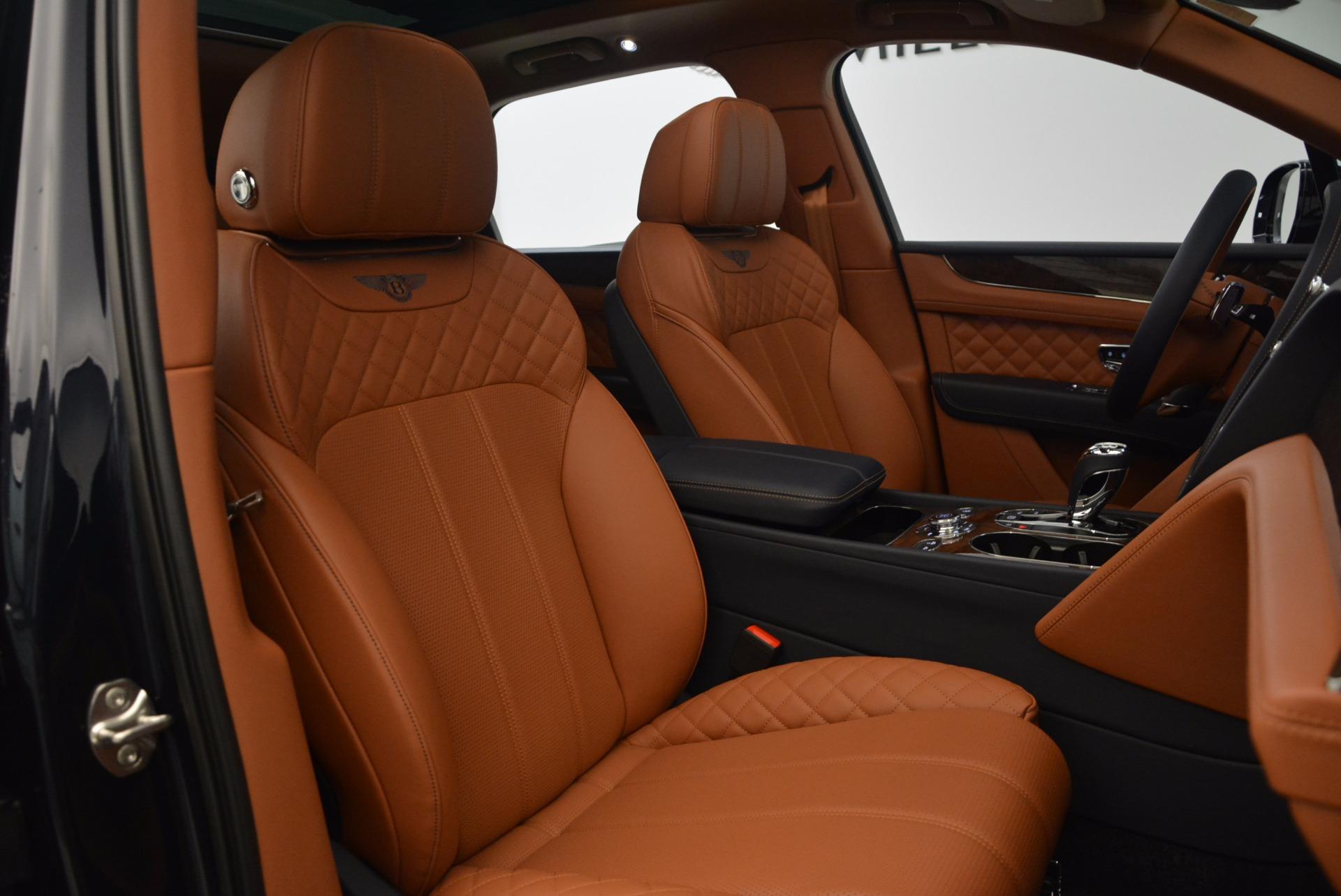 New 2018 Bentley Bentayga Signature For Sale In Greenwich, CT. Alfa Romeo of Greenwich, B1305 1675_p39