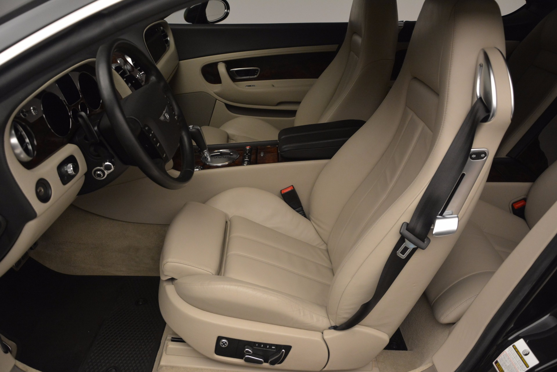 Used 2005 Bentley Continental GT W12 For Sale In Greenwich, CT. Alfa Romeo of Greenwich, 7290 1677_p19