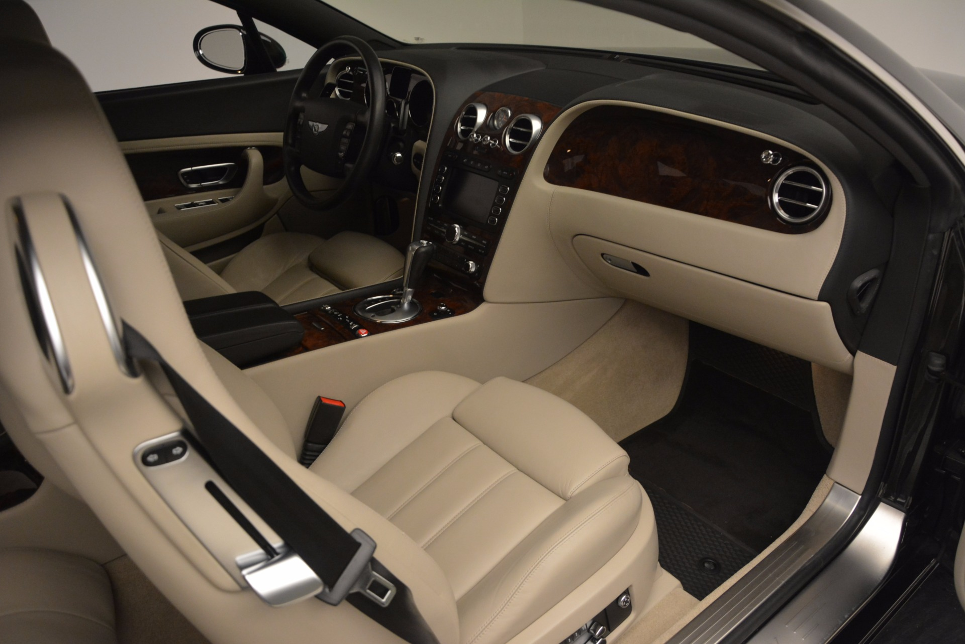 Used 2005 Bentley Continental GT W12 For Sale In Greenwich, CT. Alfa Romeo of Greenwich, 7290 1677_p27