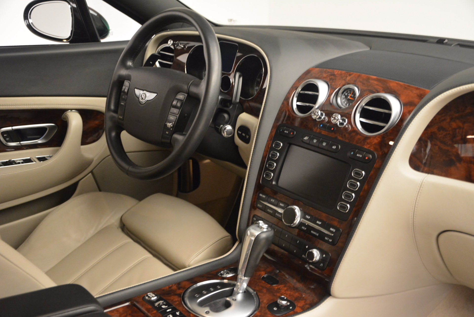 Used 2005 Bentley Continental GT W12 For Sale In Greenwich, CT. Alfa Romeo of Greenwich, 7290 1677_p30