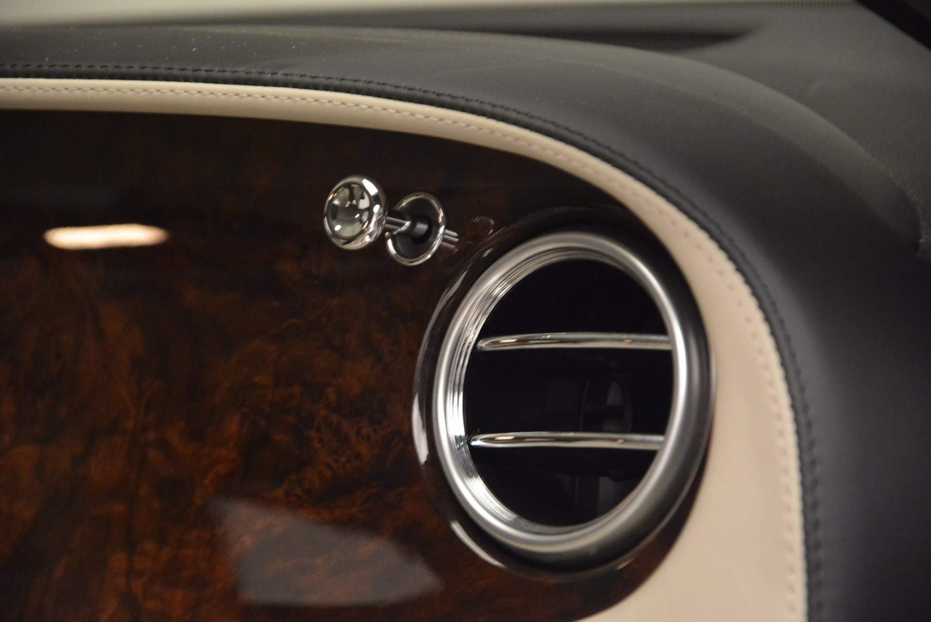 Used 2005 Bentley Continental GT W12 For Sale In Greenwich, CT. Alfa Romeo of Greenwich, 7290 1677_p32