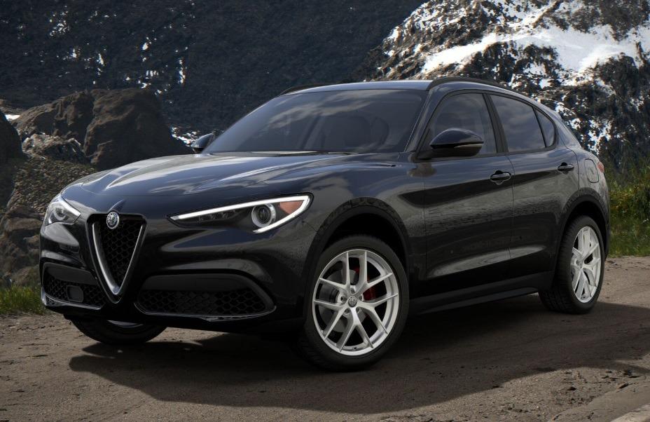 New 2018 Alfa Romeo Stelvio Sport Q4 For Sale In Greenwich, CT. Alfa Romeo of Greenwich, L262 1682_main