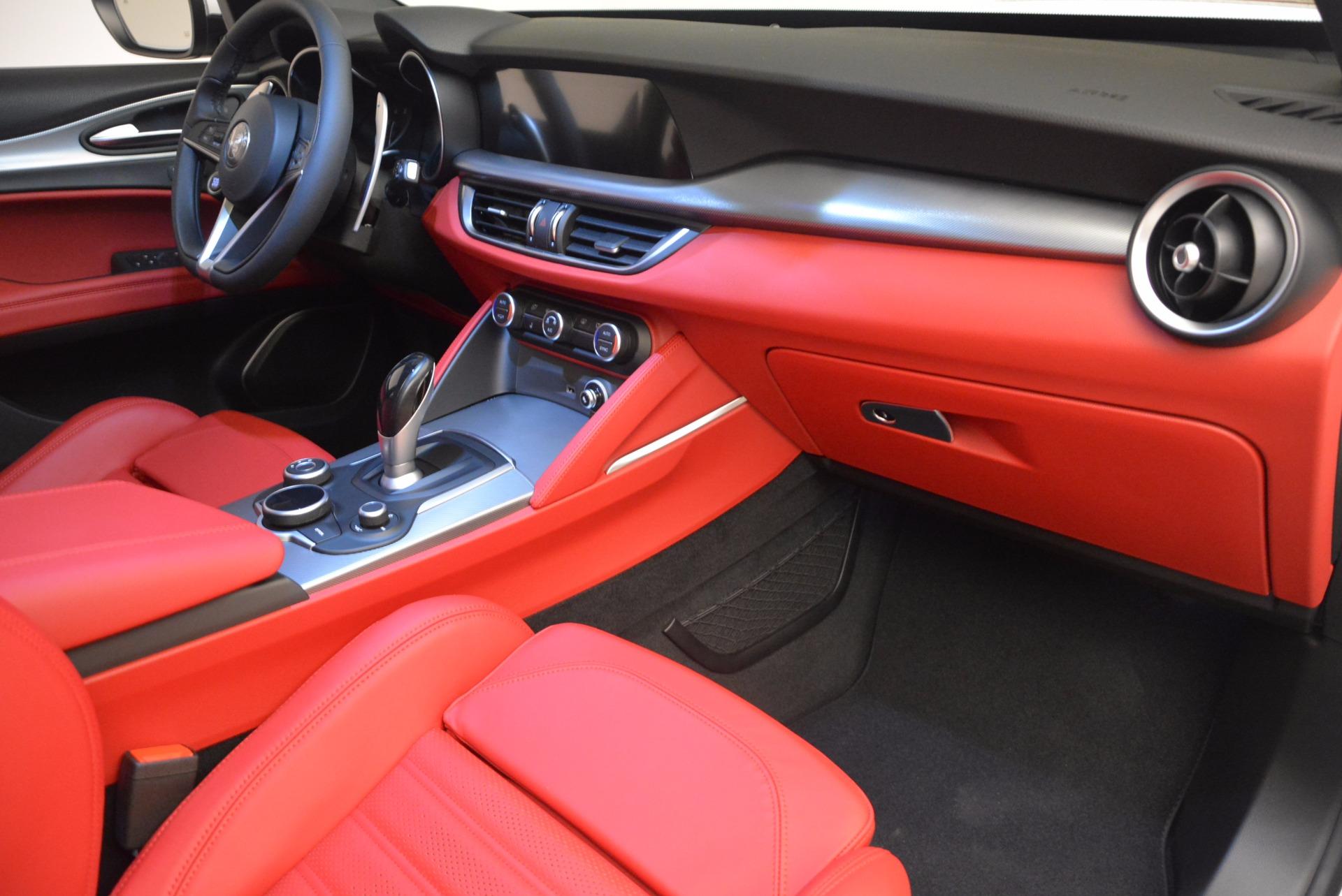 New 2018 Alfa Romeo Stelvio Ti Sport Q4 For Sale In Greenwich, CT. Alfa Romeo of Greenwich, L260 1684_p19