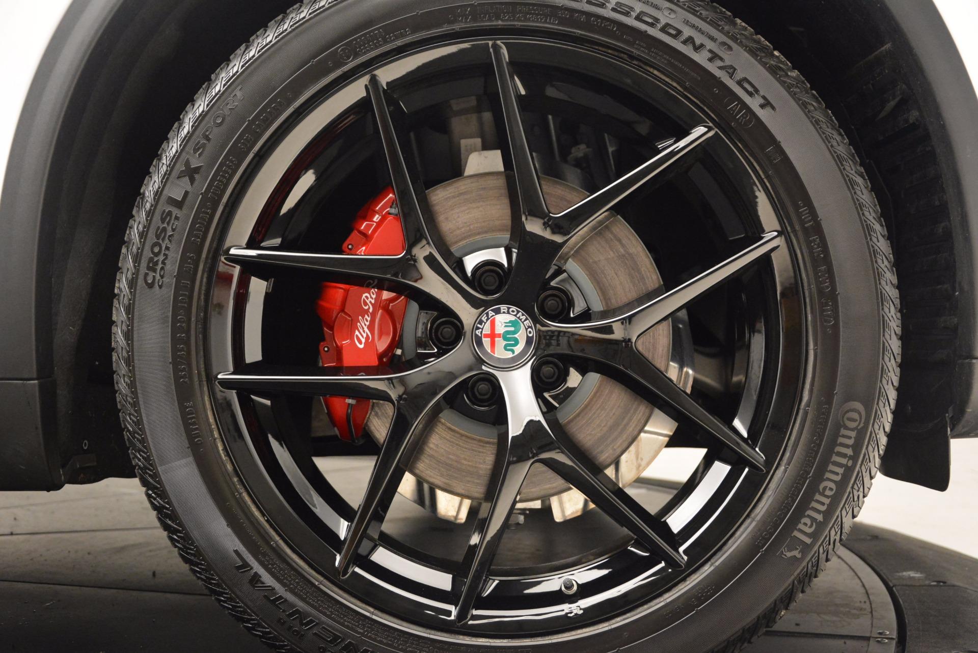New 2018 Alfa Romeo Stelvio Ti Sport Q4 For Sale In Greenwich, CT. Alfa Romeo of Greenwich, L260 1684_p25