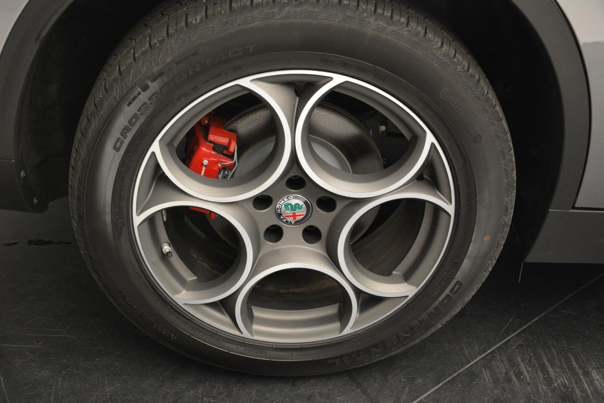 New 2018 Alfa Romeo Stelvio Sport Q4 For Sale In Greenwich, CT. Alfa Romeo of Greenwich, L258 1686_p25