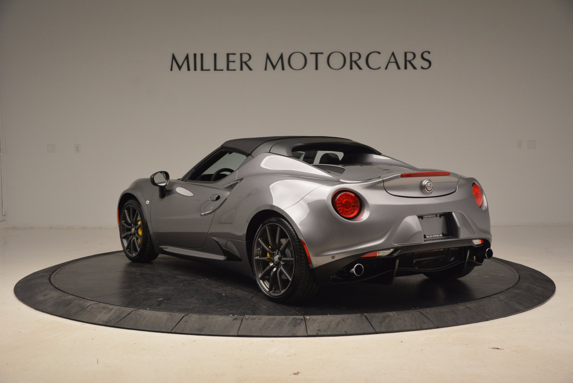 New 2018 Alfa Romeo 4C Spider For Sale In Greenwich, CT. Alfa Romeo of Greenwich, LW067 1693_p10