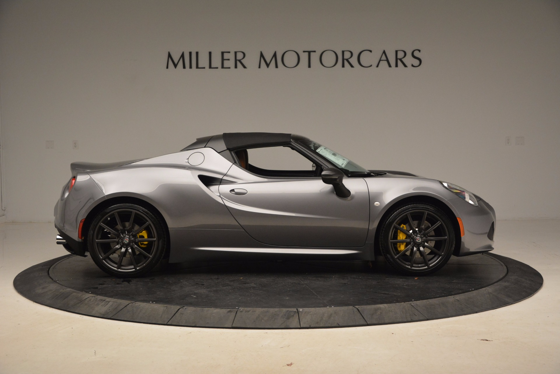 New 2018 Alfa Romeo 4C Spider For Sale In Greenwich, CT. Alfa Romeo of Greenwich, LW067 1693_p17