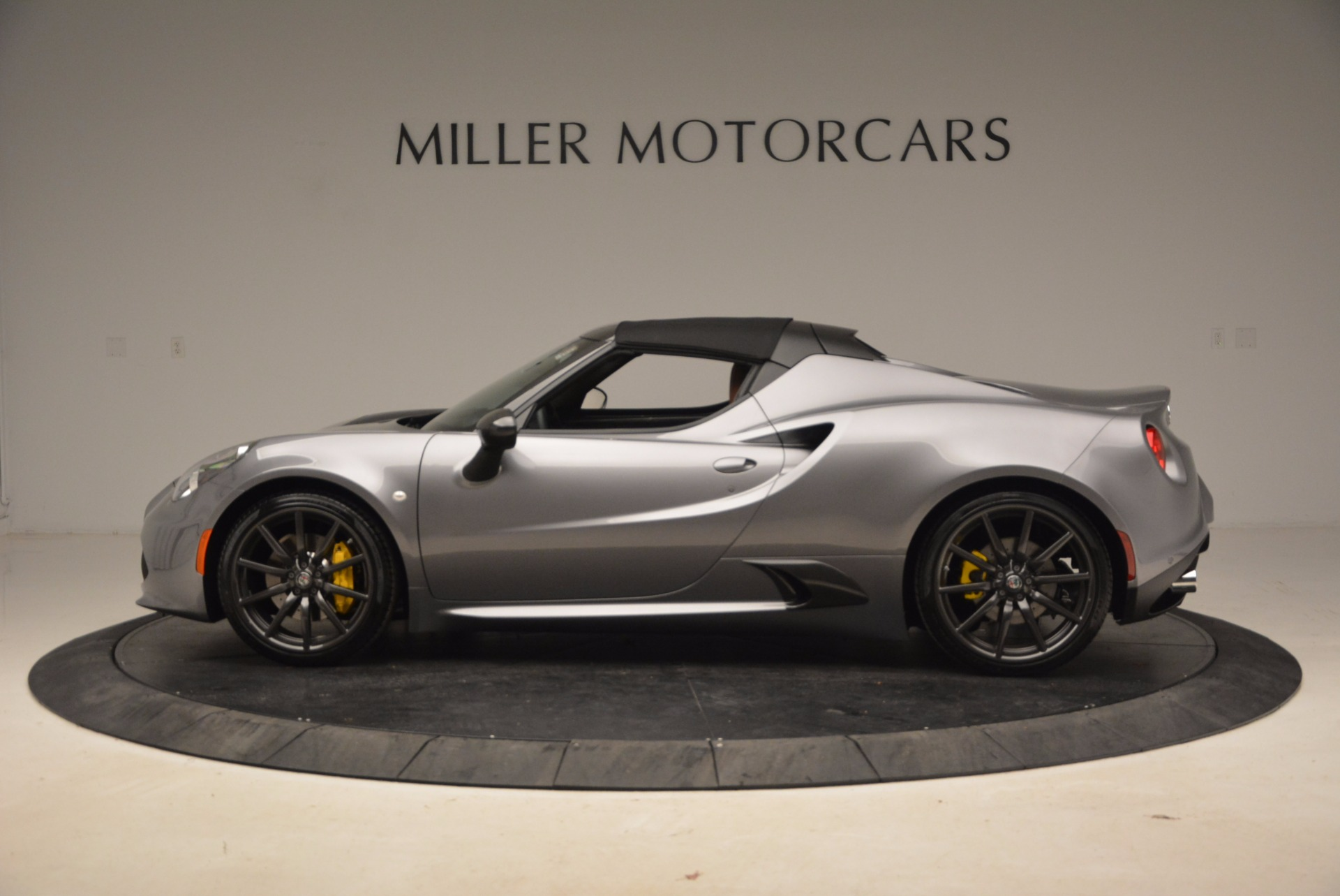 New 2018 Alfa Romeo 4C Spider For Sale In Greenwich, CT. Alfa Romeo of Greenwich, LW067 1693_p6