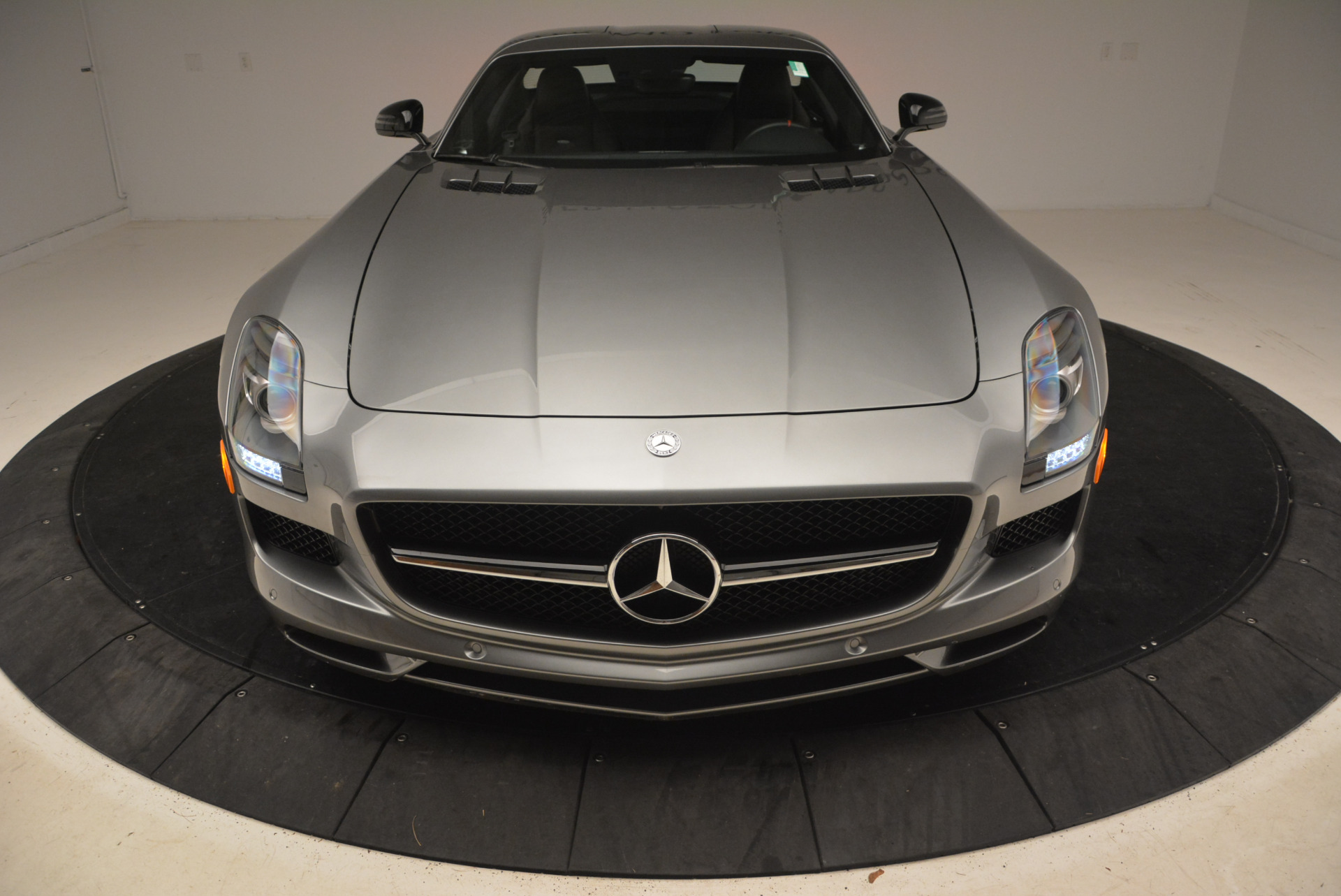 Used 2014 Mercedes-Benz SLS AMG GT For Sale In Greenwich, CT. Alfa Romeo of Greenwich, F1816A 1694_p18