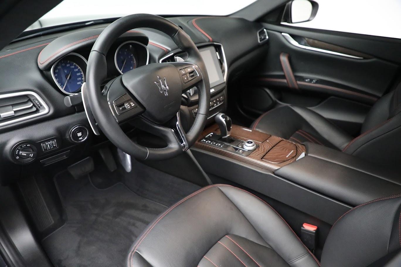 New 2018 Maserati Ghibli S Q4 For Sale In Greenwich, CT. Alfa Romeo of Greenwich, M1962 1697_p13