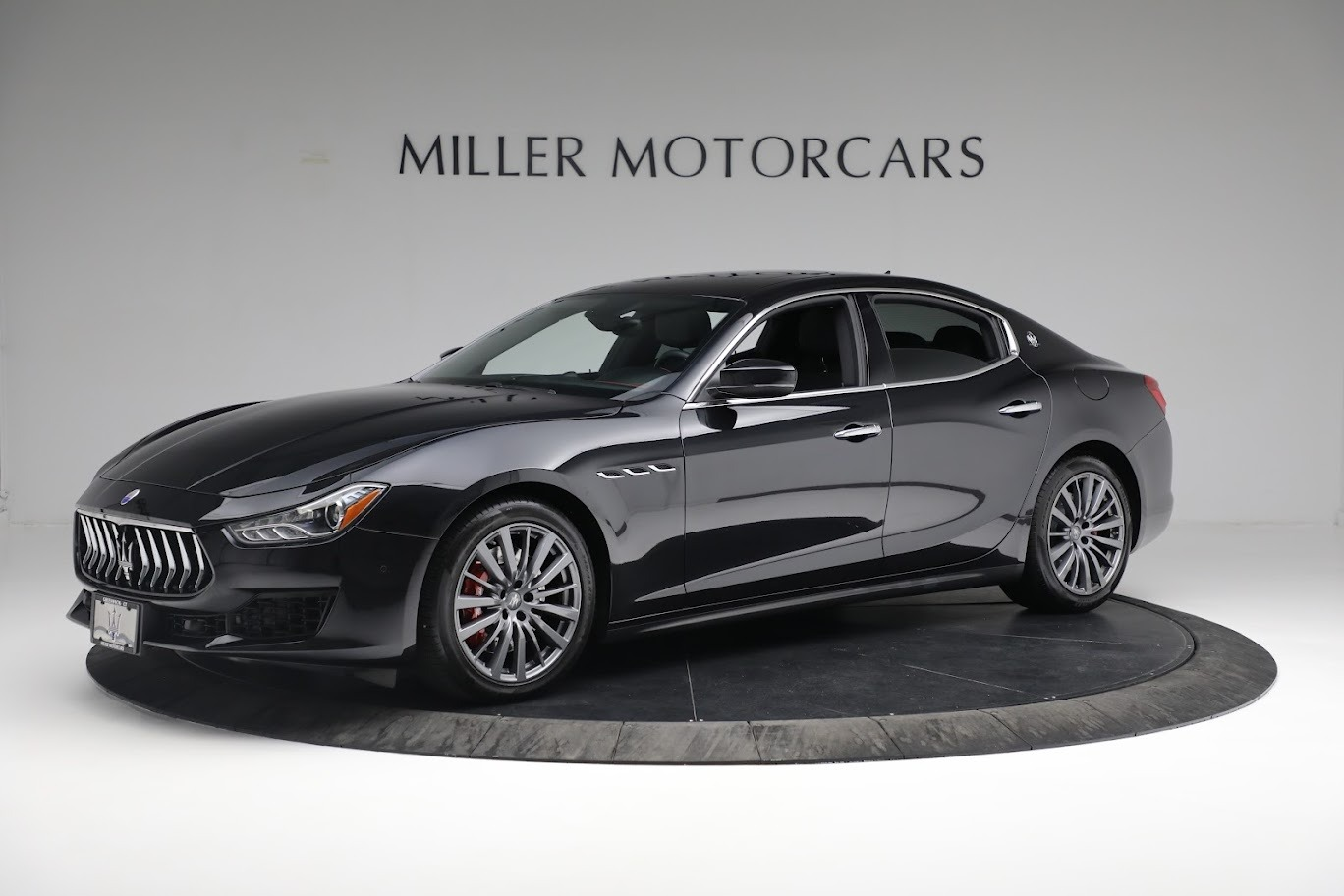 New 2018 Maserati Ghibli S Q4 For Sale In Greenwich, CT. Alfa Romeo of Greenwich, M1962 1697_p2