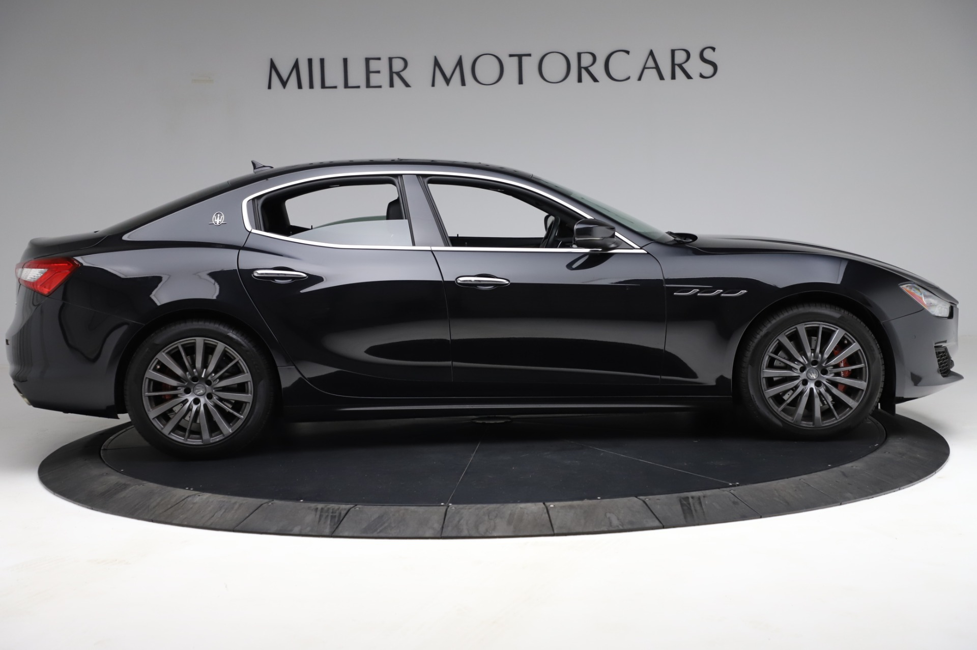 Used 2018 Maserati Ghibli S Q4 For Sale In Greenwich, CT. Alfa Romeo of Greenwich, M1957 1698_p10