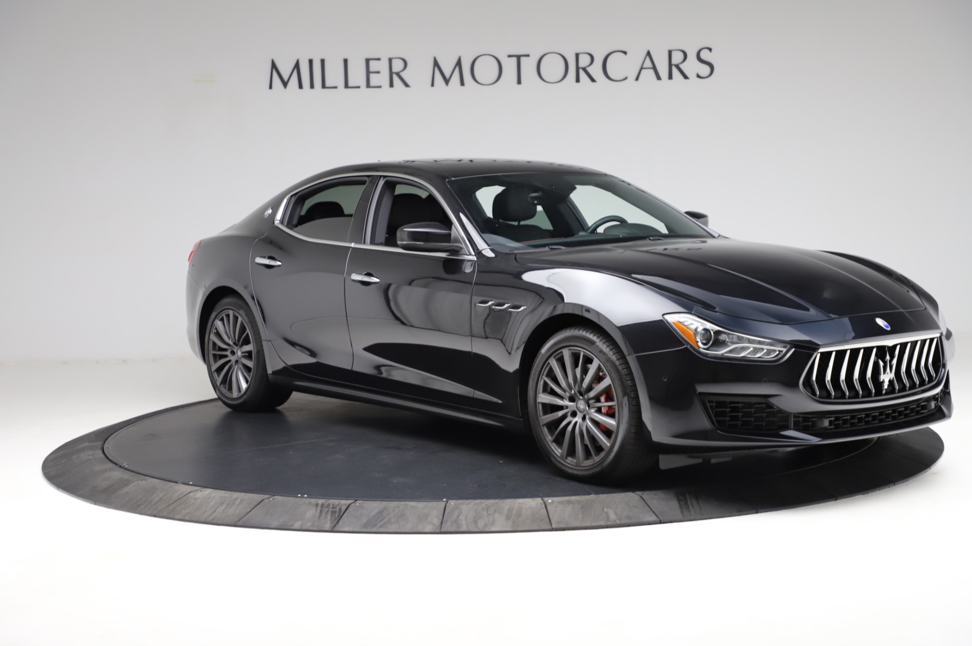 Used 2018 Maserati Ghibli S Q4 For Sale In Greenwich, CT. Alfa Romeo of Greenwich, M1957 1698_p11