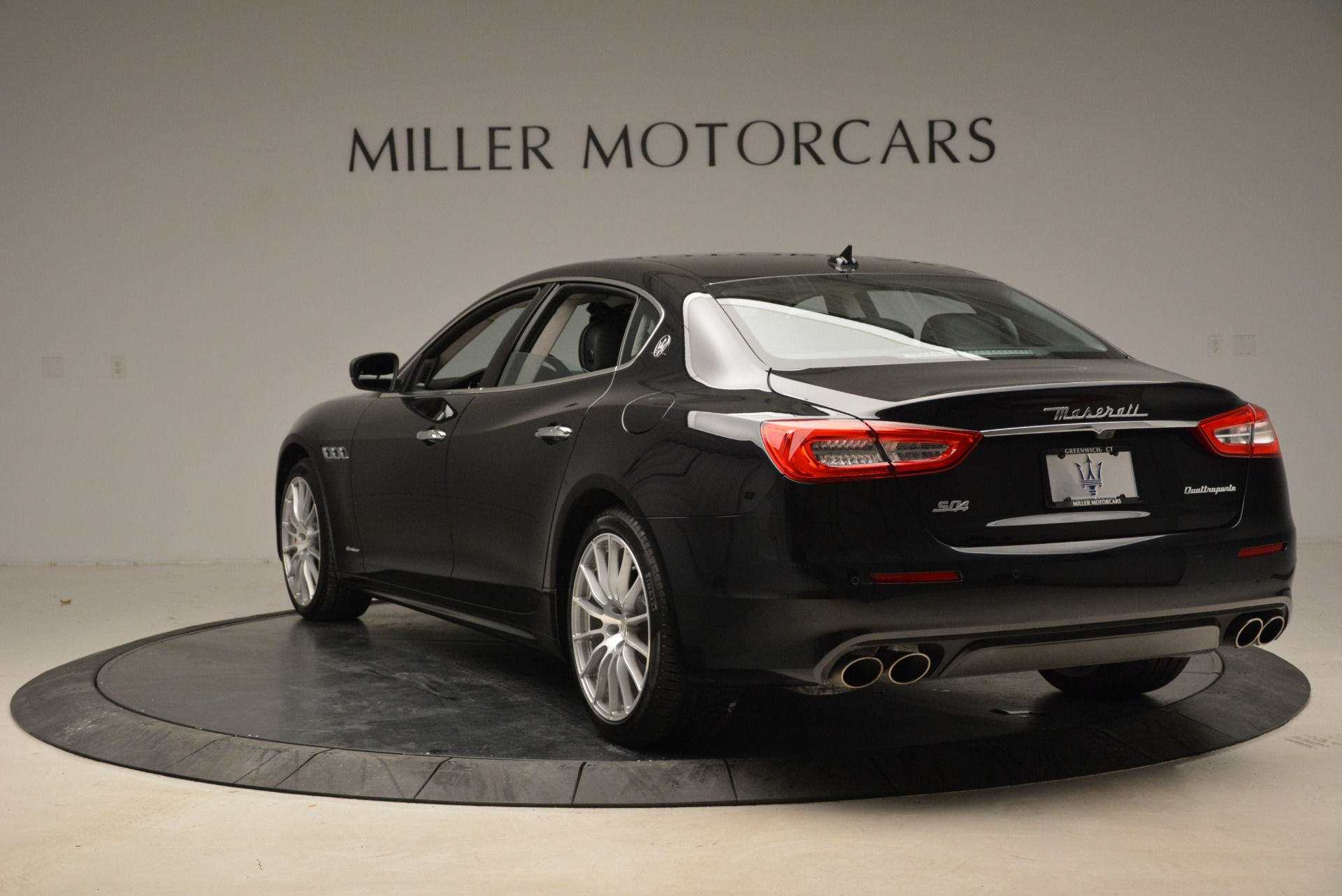 New 2018 Maserati Quattroporte S Q4 GranLusso For Sale In Greenwich, CT. Alfa Romeo of Greenwich, M1958 1705_p5