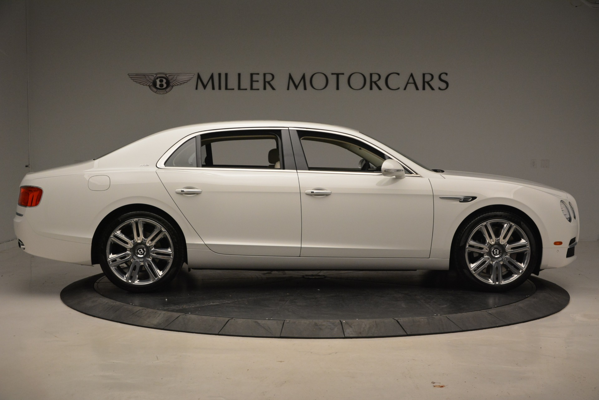 New 2017 Bentley Flying Spur W12 For Sale In Greenwich, CT. Alfa Romeo of Greenwich, B1307 1712_p10
