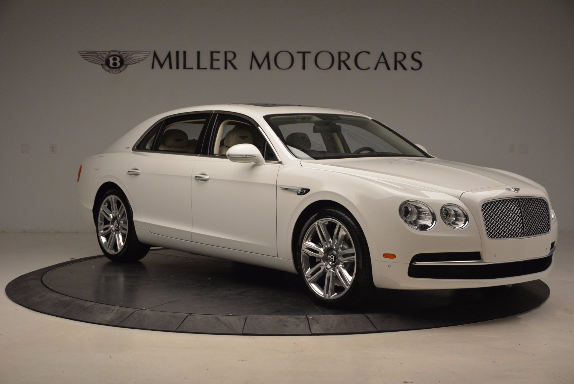 New 2017 Bentley Flying Spur W12 For Sale In Greenwich, CT. Alfa Romeo of Greenwich, B1307 1712_p12