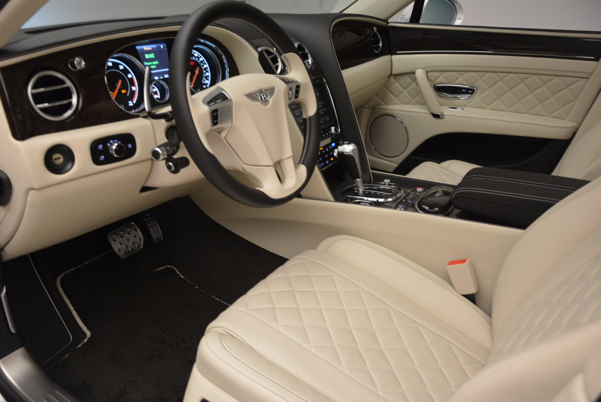 New 2017 Bentley Flying Spur W12 For Sale In Greenwich, CT. Alfa Romeo of Greenwich, B1307 1712_p23