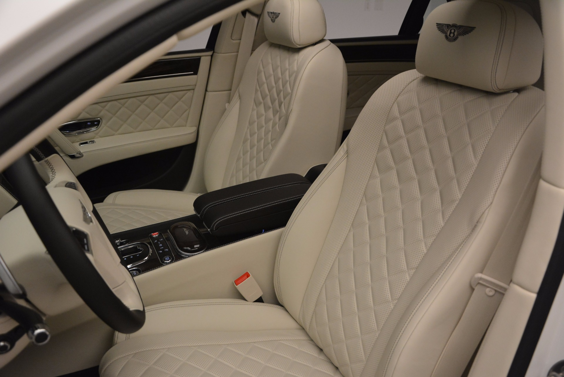 New 2017 Bentley Flying Spur W12 For Sale In Greenwich, CT. Alfa Romeo of Greenwich, B1307 1712_p25