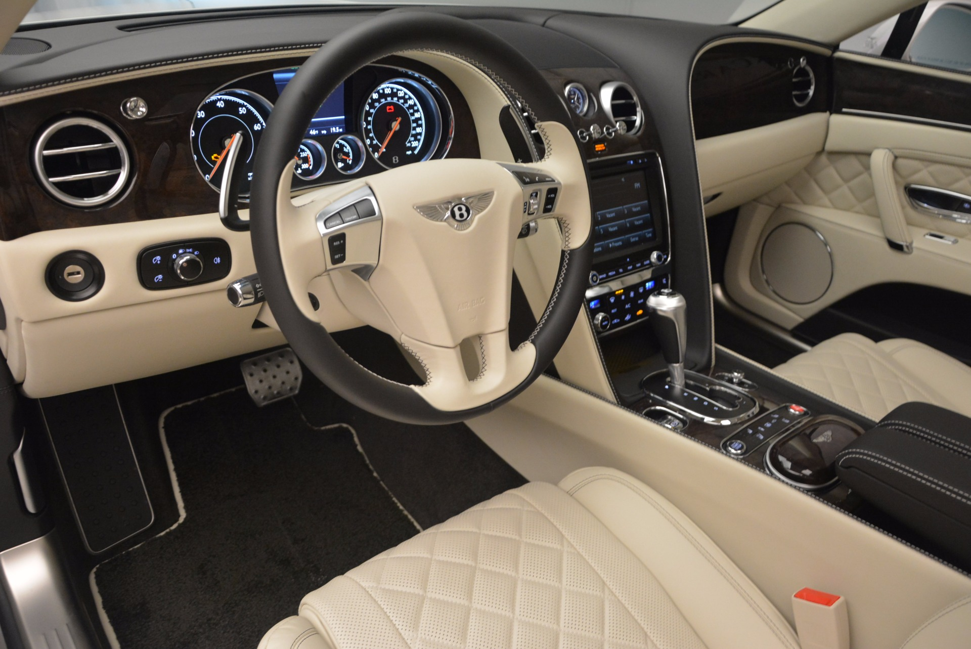 New 2017 Bentley Flying Spur W12 For Sale In Greenwich, CT. Alfa Romeo of Greenwich, B1307 1712_p27
