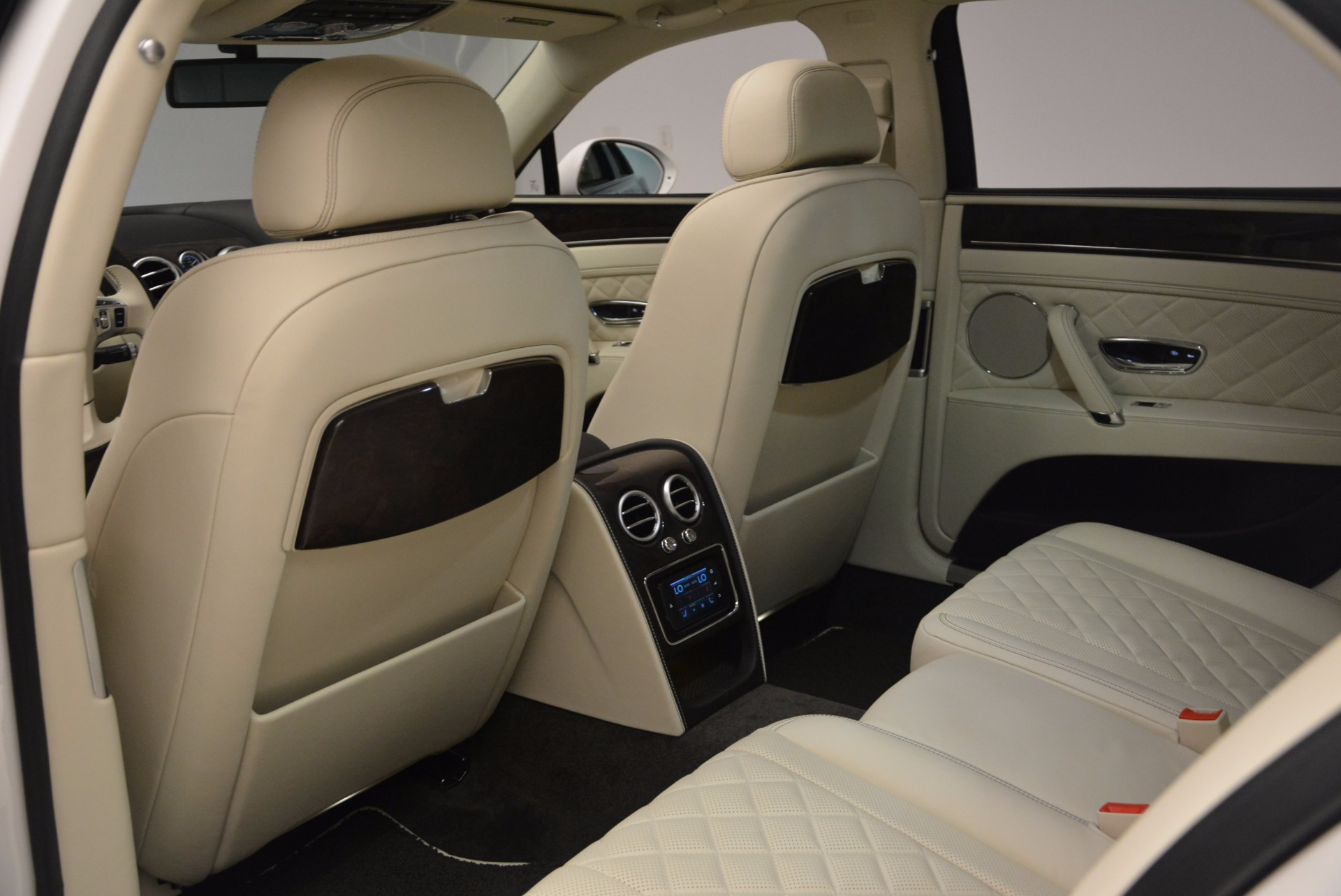 New 2017 Bentley Flying Spur W12 For Sale In Greenwich, CT. Alfa Romeo of Greenwich, B1307 1712_p32