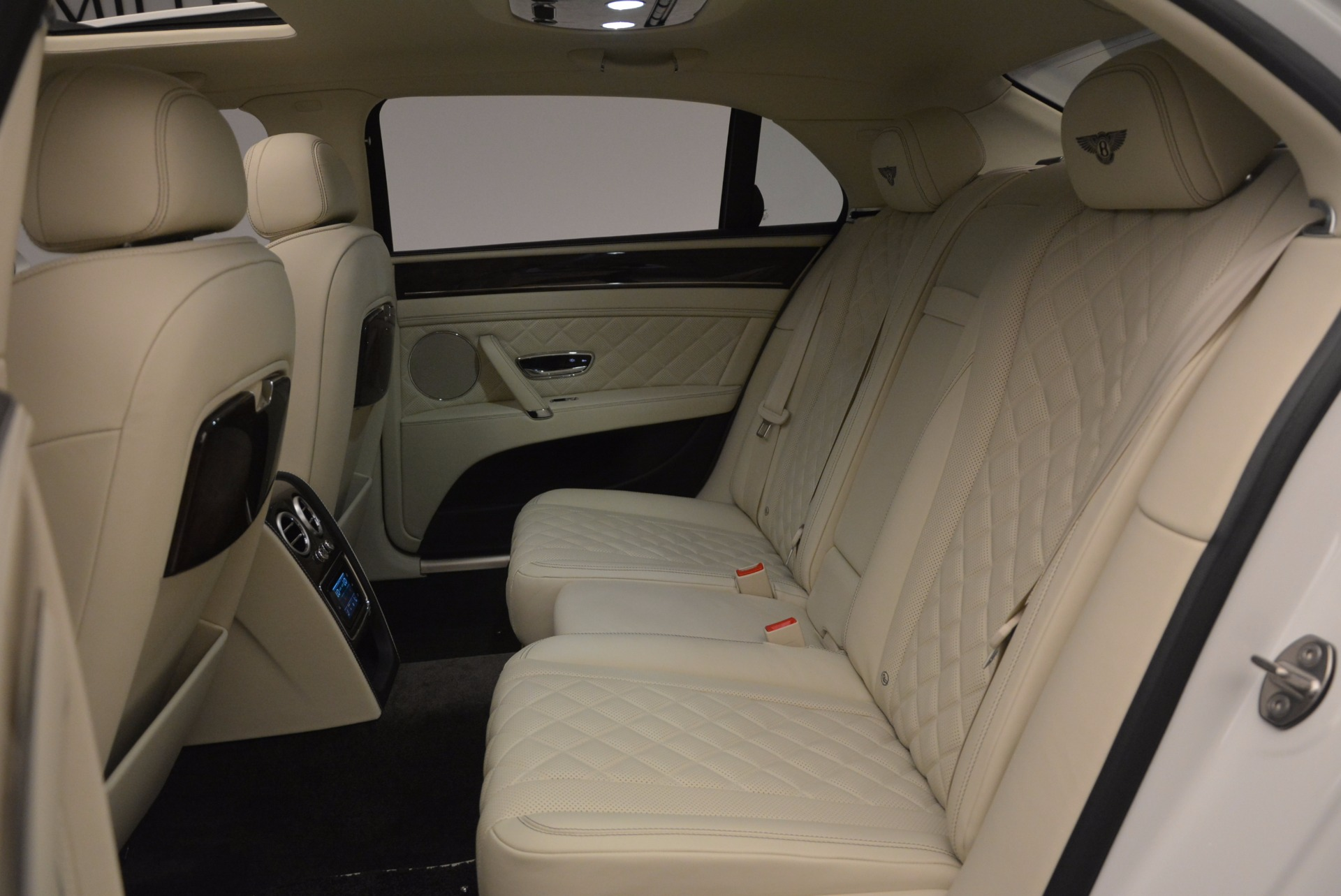 New 2017 Bentley Flying Spur W12 For Sale In Greenwich, CT. Alfa Romeo of Greenwich, B1307 1712_p33