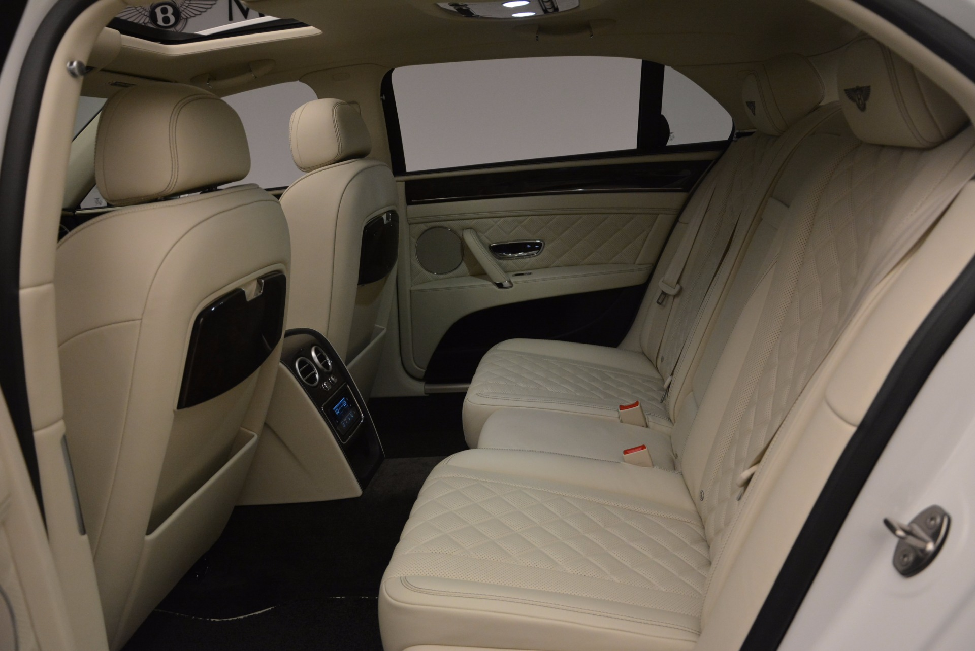 New 2017 Bentley Flying Spur W12 For Sale In Greenwich, CT. Alfa Romeo of Greenwich, B1307 1712_p34