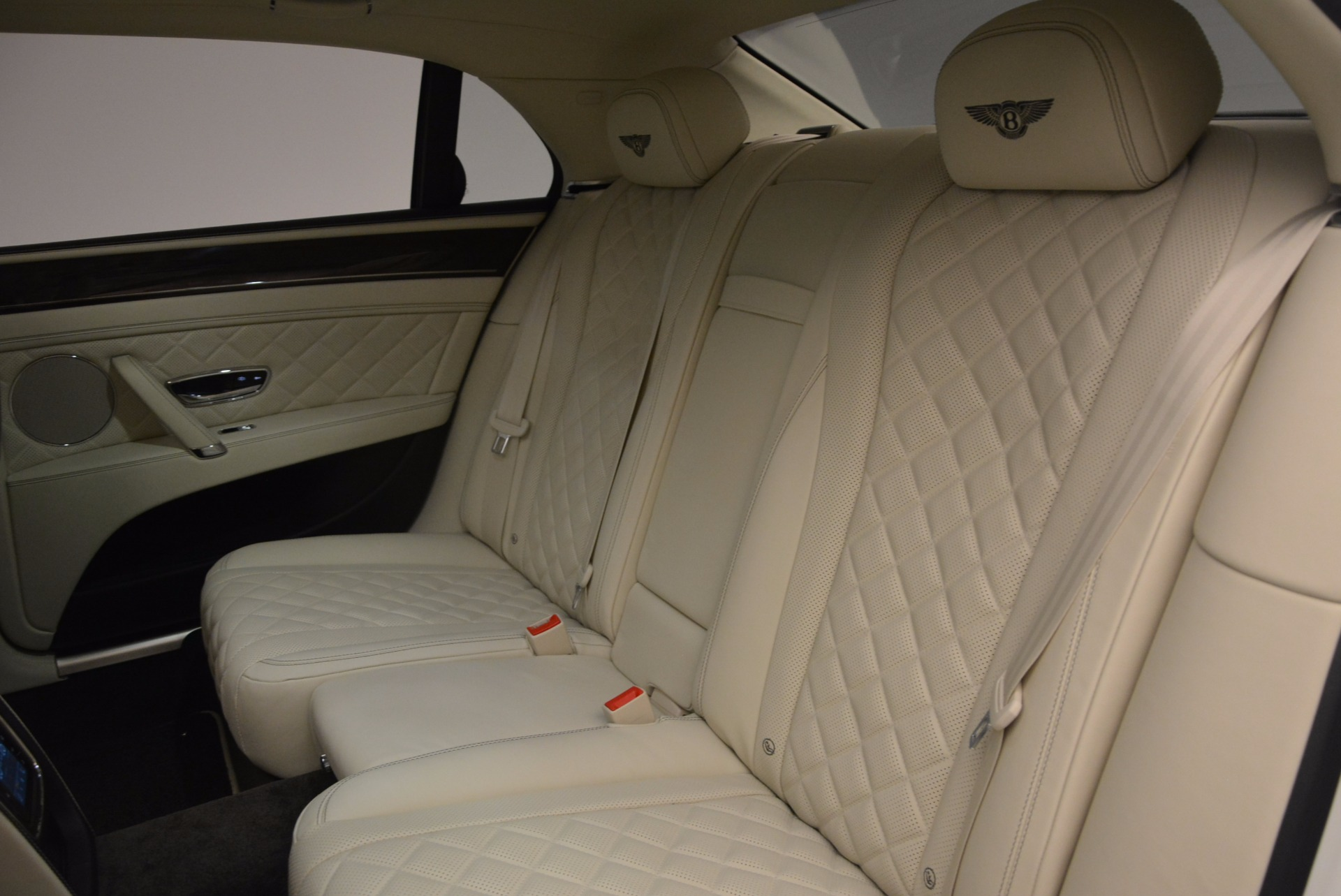 New 2017 Bentley Flying Spur W12 For Sale In Greenwich, CT. Alfa Romeo of Greenwich, B1307 1712_p35
