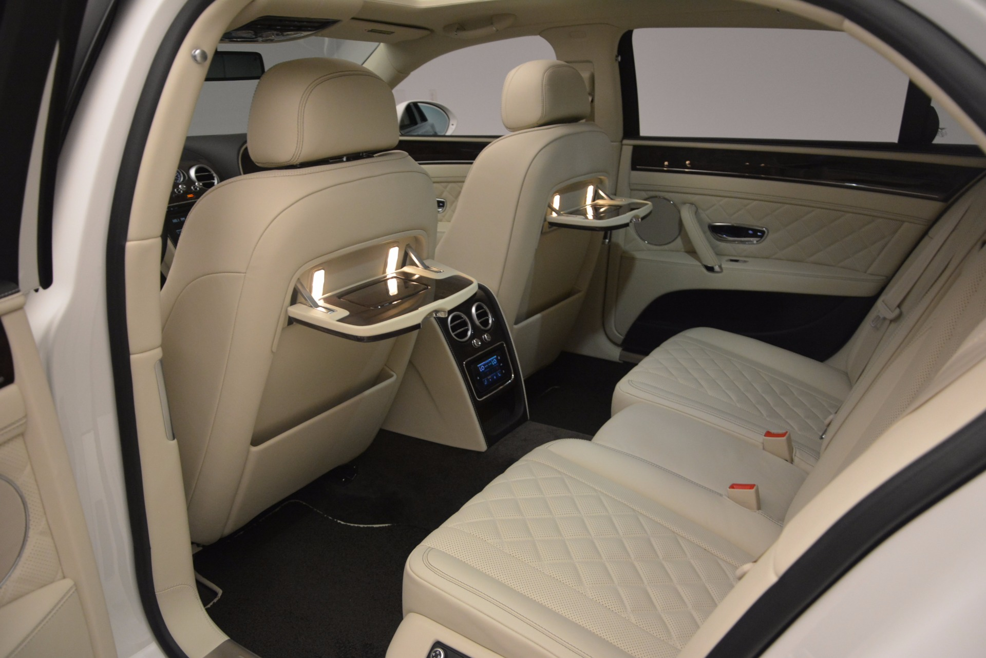 New 2017 Bentley Flying Spur W12 For Sale In Greenwich, CT. Alfa Romeo of Greenwich, B1307 1712_p37