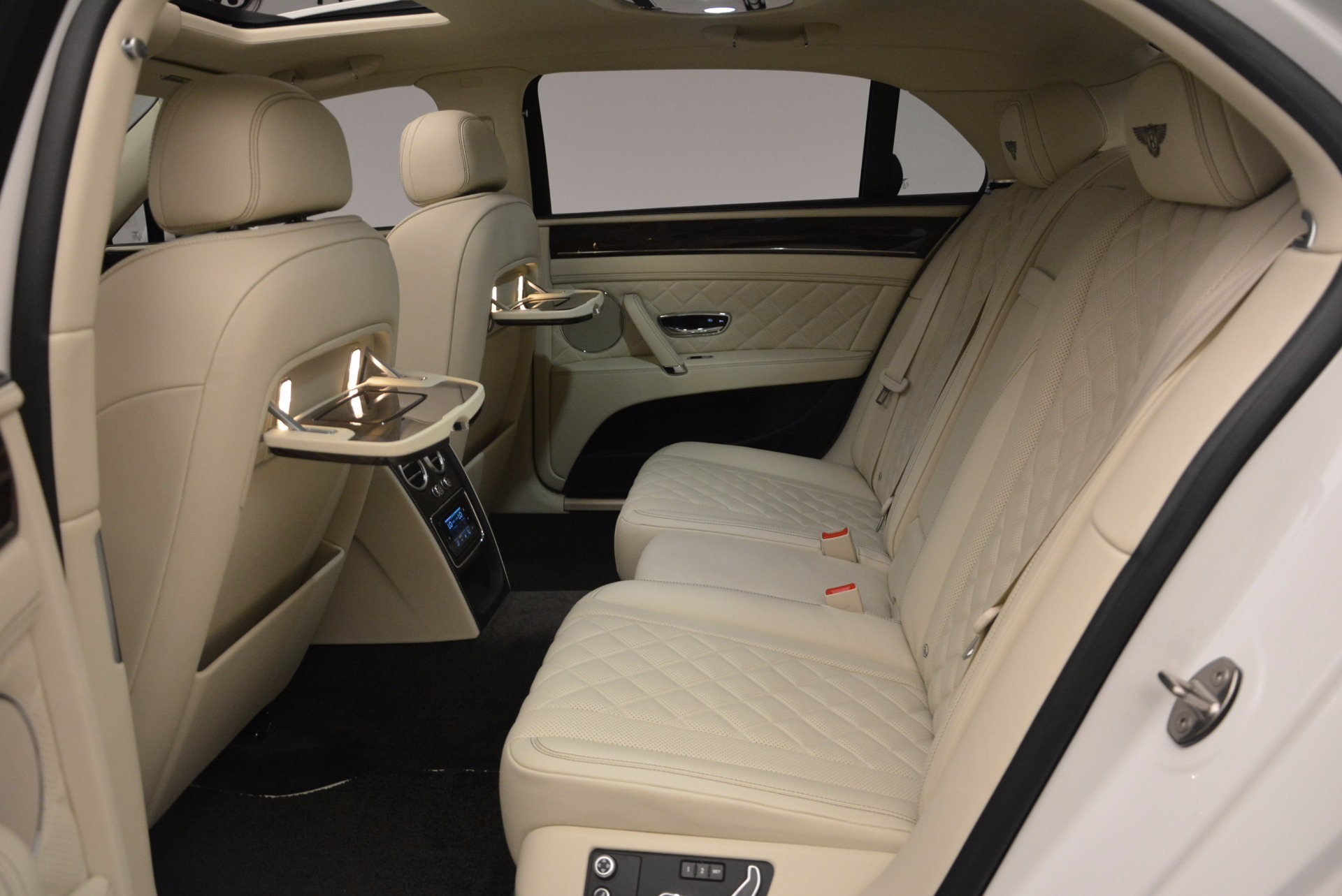New 2017 Bentley Flying Spur W12 For Sale In Greenwich, CT. Alfa Romeo of Greenwich, B1307 1712_p38