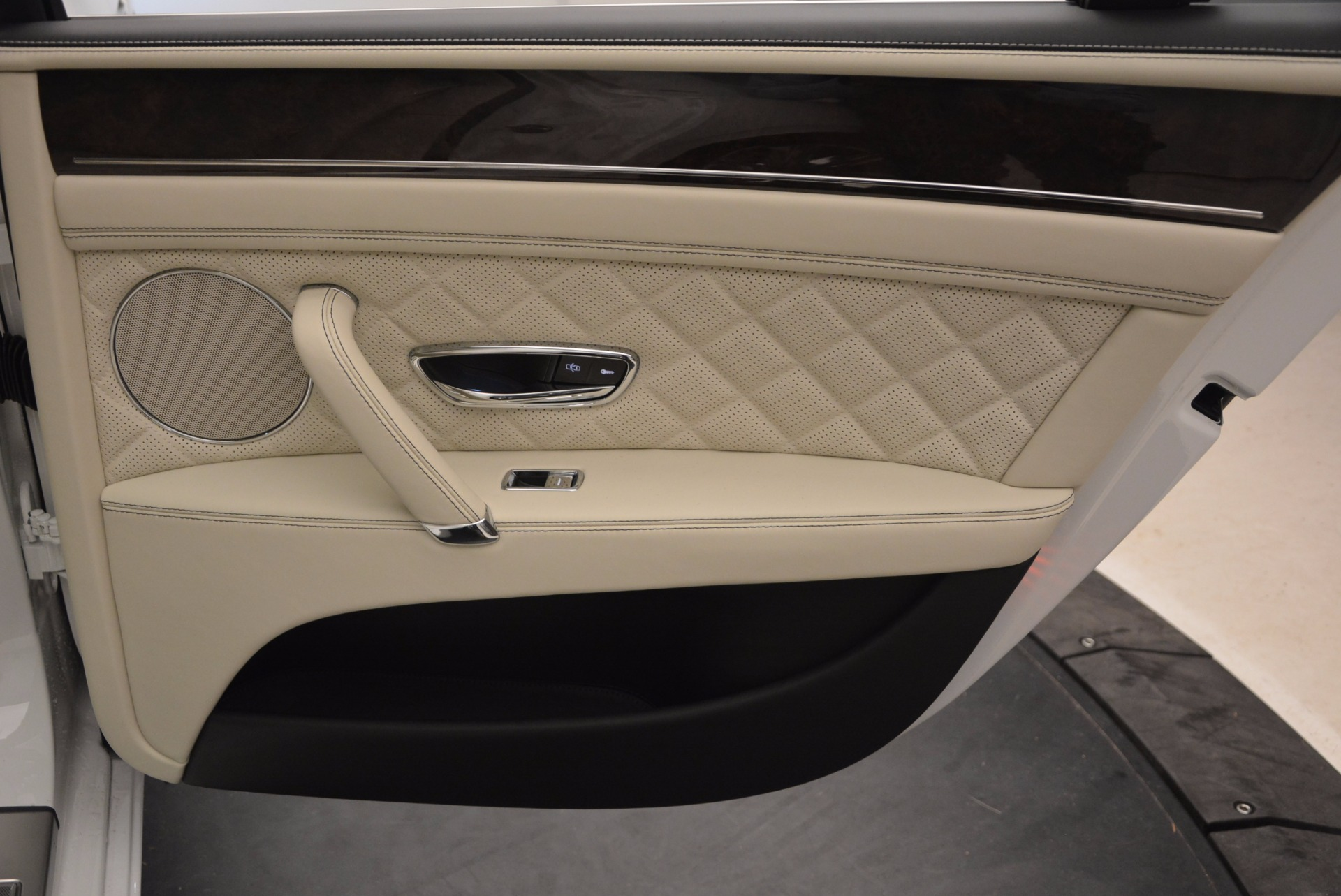 New 2017 Bentley Flying Spur W12 For Sale In Greenwich, CT. Alfa Romeo of Greenwich, B1307 1712_p40