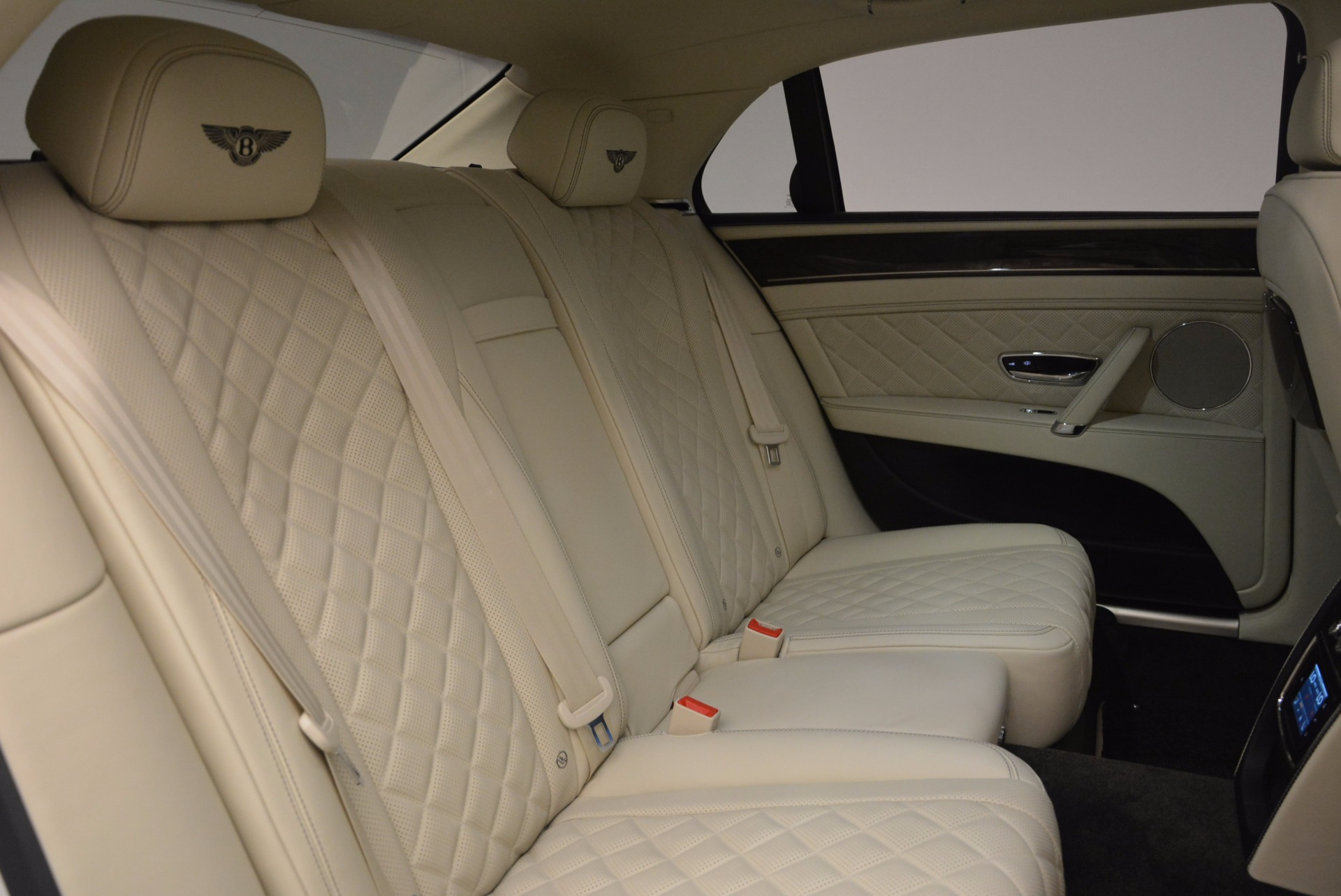 New 2017 Bentley Flying Spur W12 For Sale In Greenwich, CT. Alfa Romeo of Greenwich, B1307 1712_p42