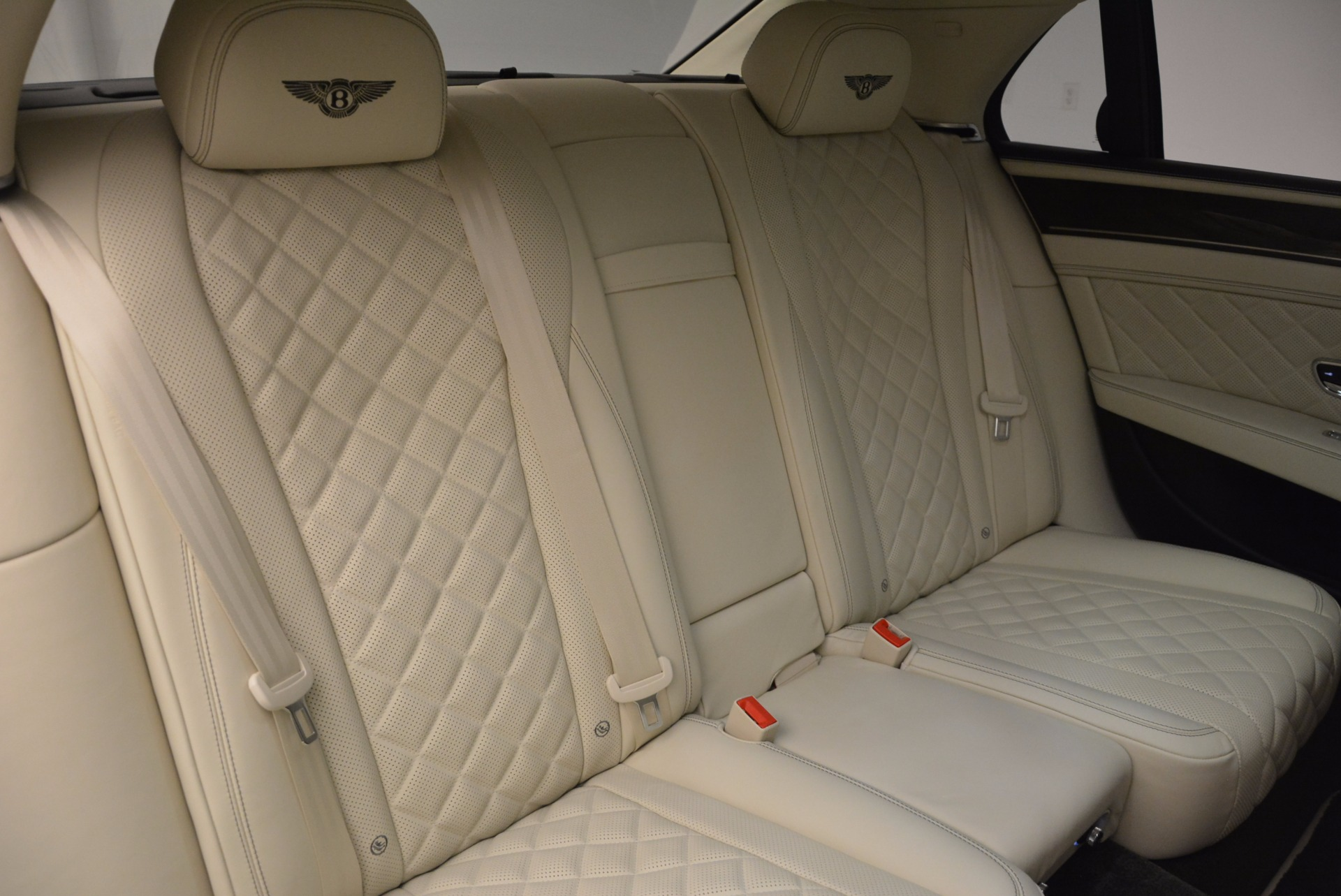 New 2017 Bentley Flying Spur W12 For Sale In Greenwich, CT. Alfa Romeo of Greenwich, B1307 1712_p43