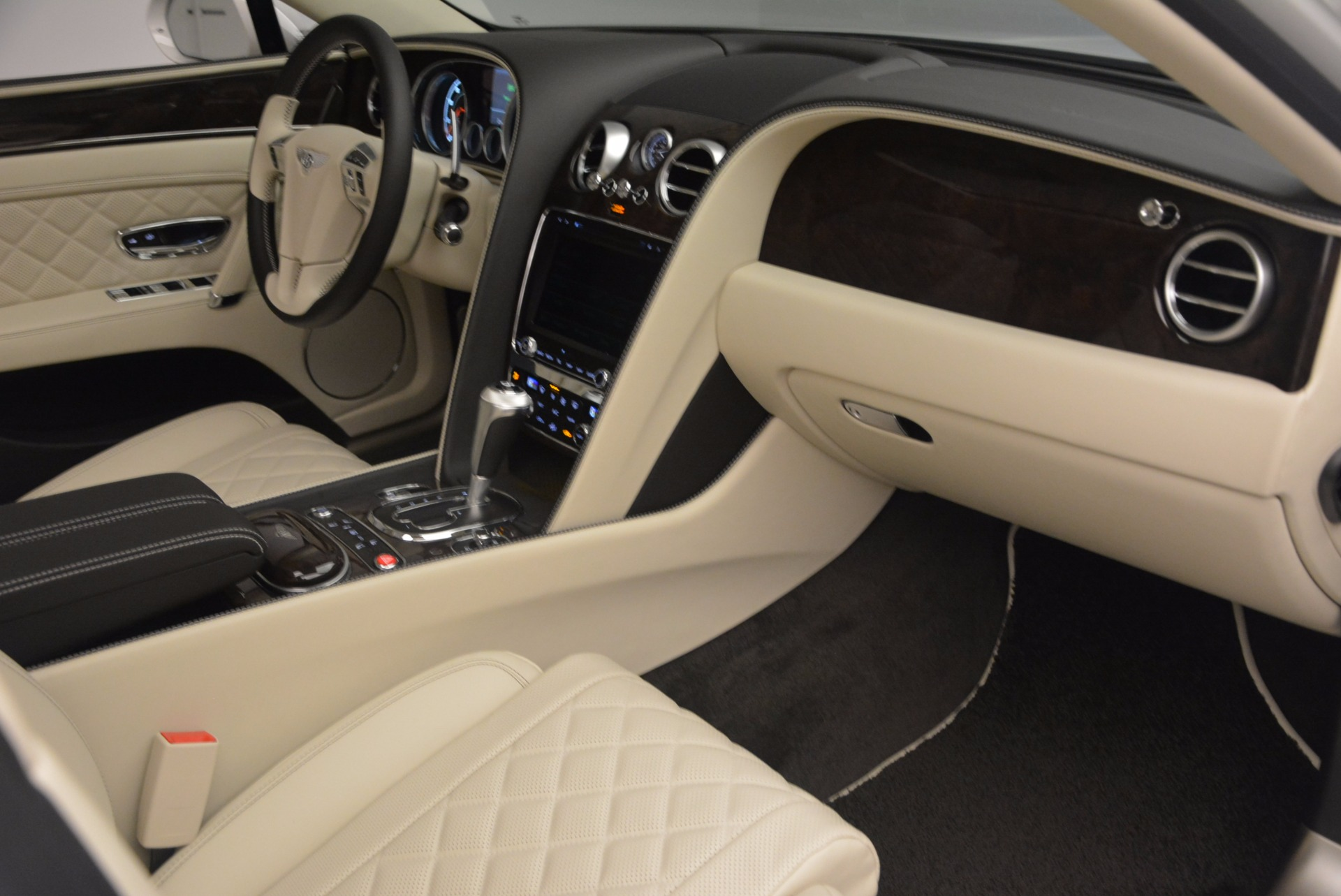 New 2017 Bentley Flying Spur W12 For Sale In Greenwich, CT. Alfa Romeo of Greenwich, B1307 1712_p46