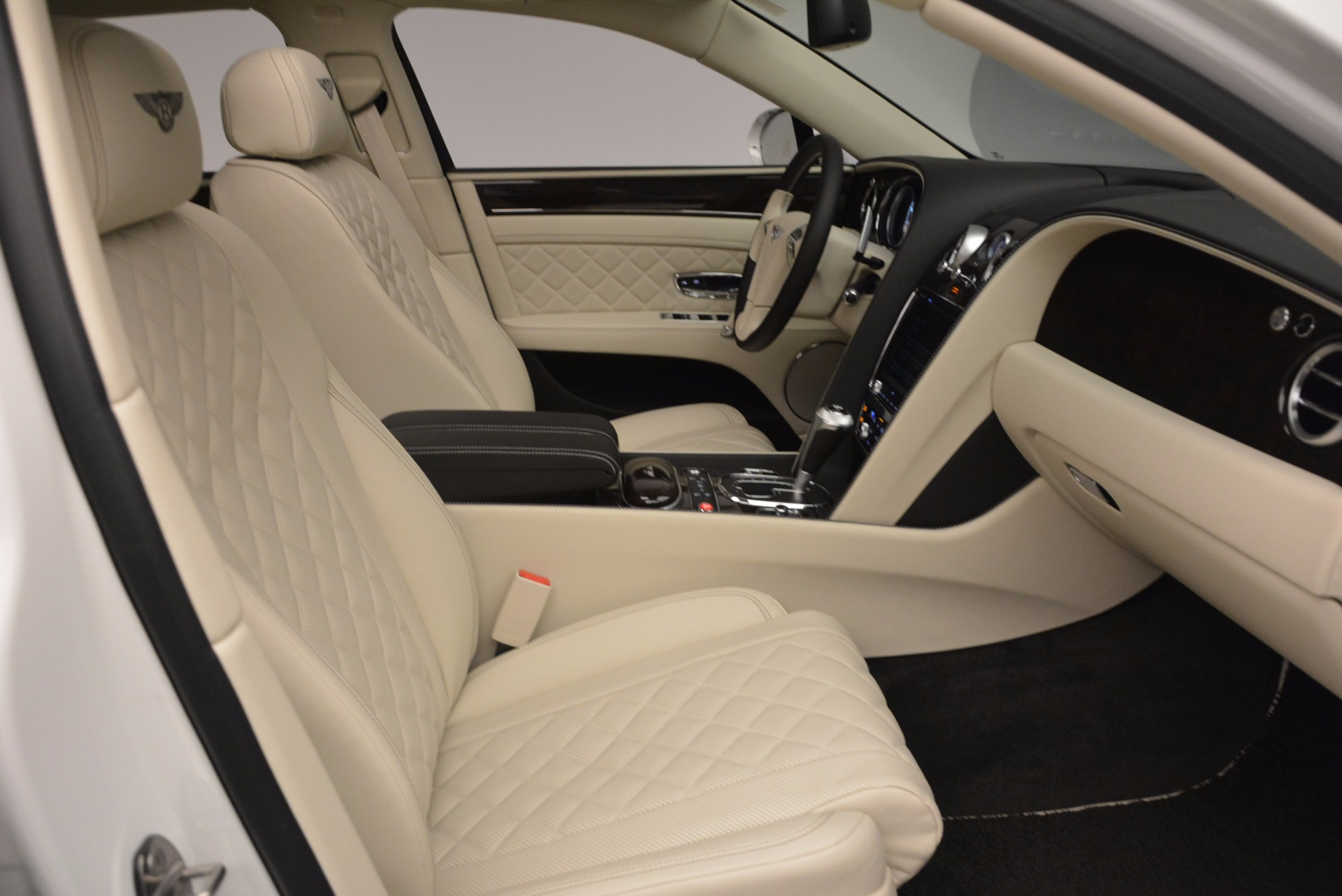 New 2017 Bentley Flying Spur W12 For Sale In Greenwich, CT. Alfa Romeo of Greenwich, B1307 1712_p47