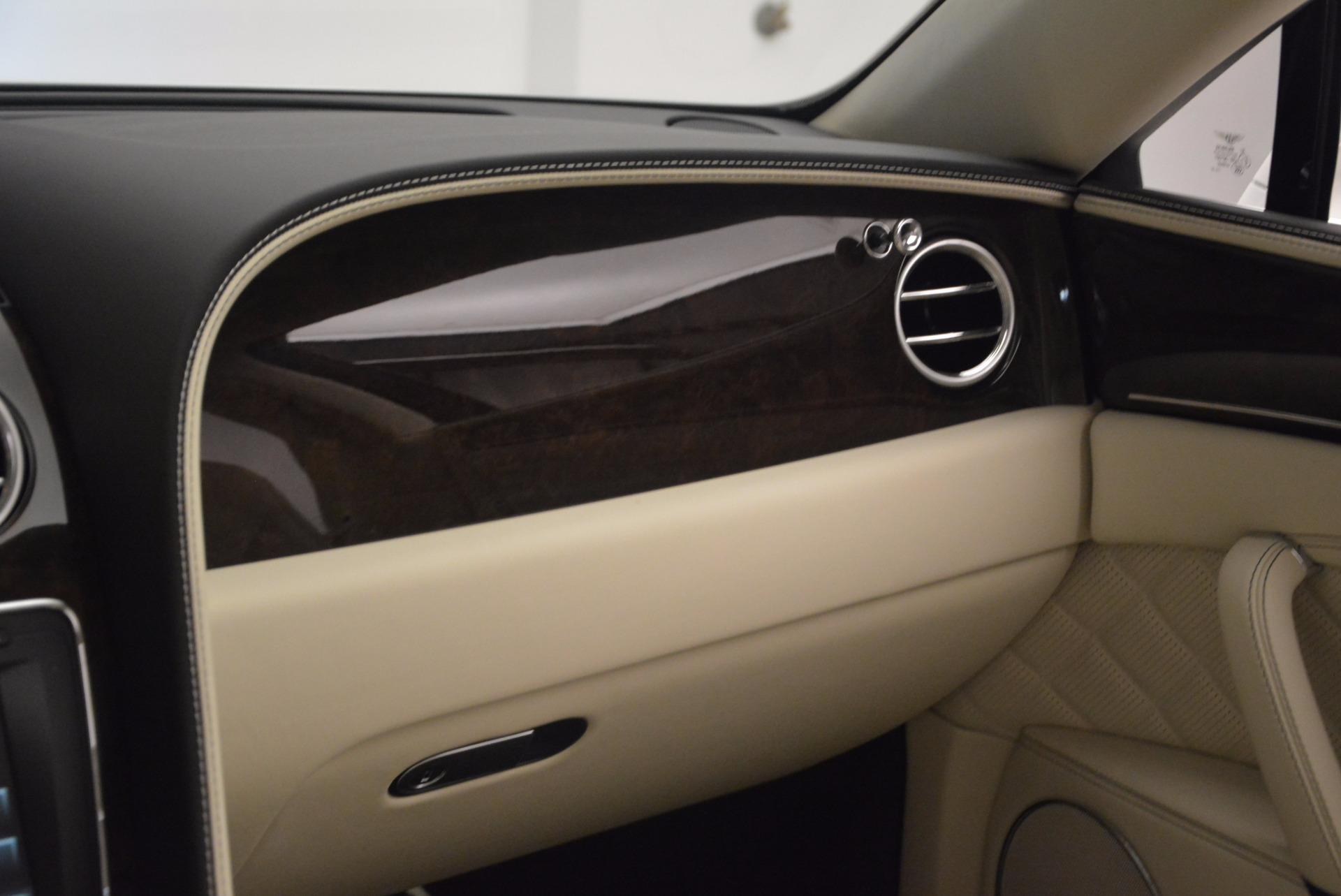 New 2017 Bentley Flying Spur W12 For Sale In Greenwich, CT. Alfa Romeo of Greenwich, B1307 1712_p51