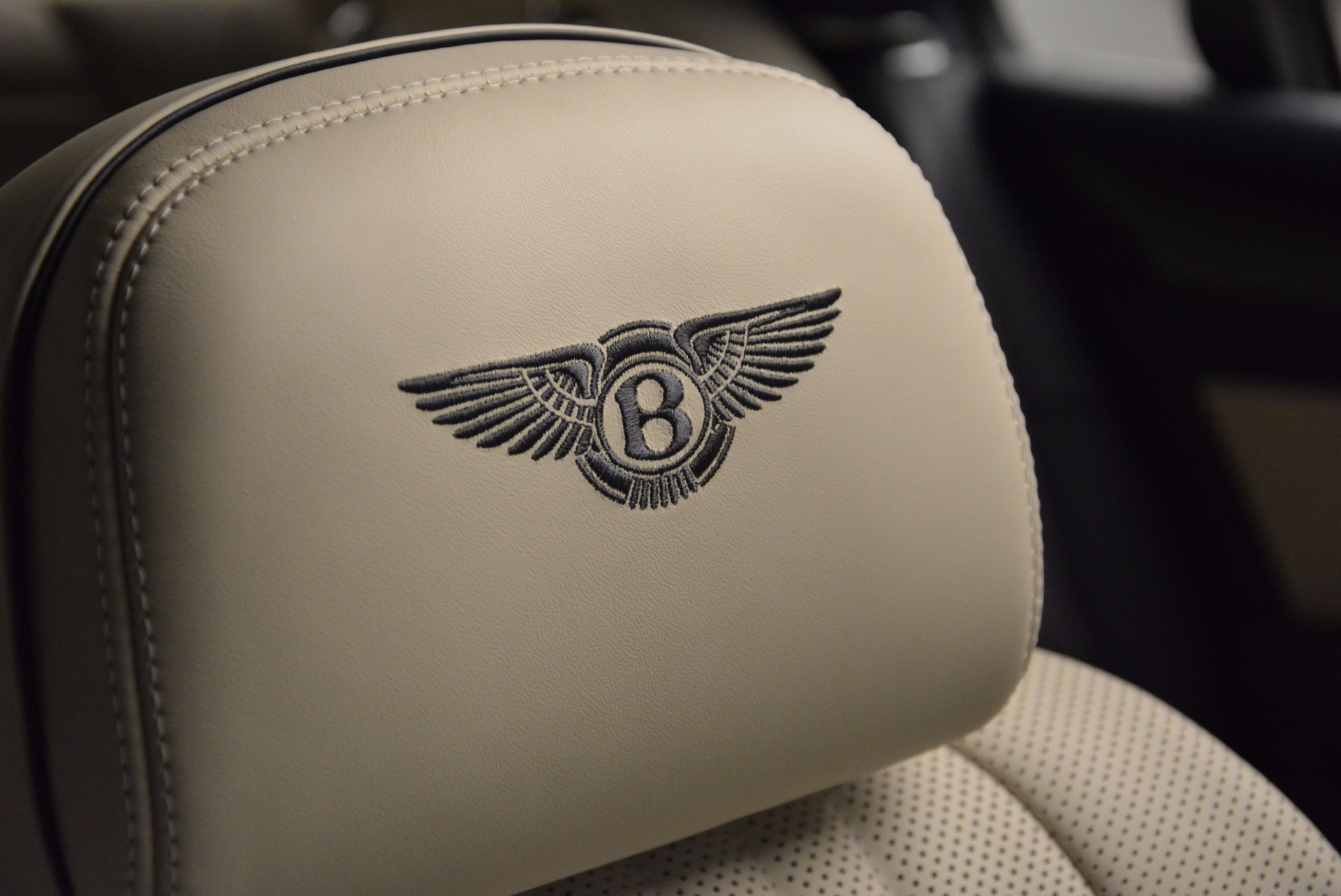 New 2017 Bentley Flying Spur V8 For Sale In Greenwich, CT. Alfa Romeo of Greenwich, B1308 1713_p20